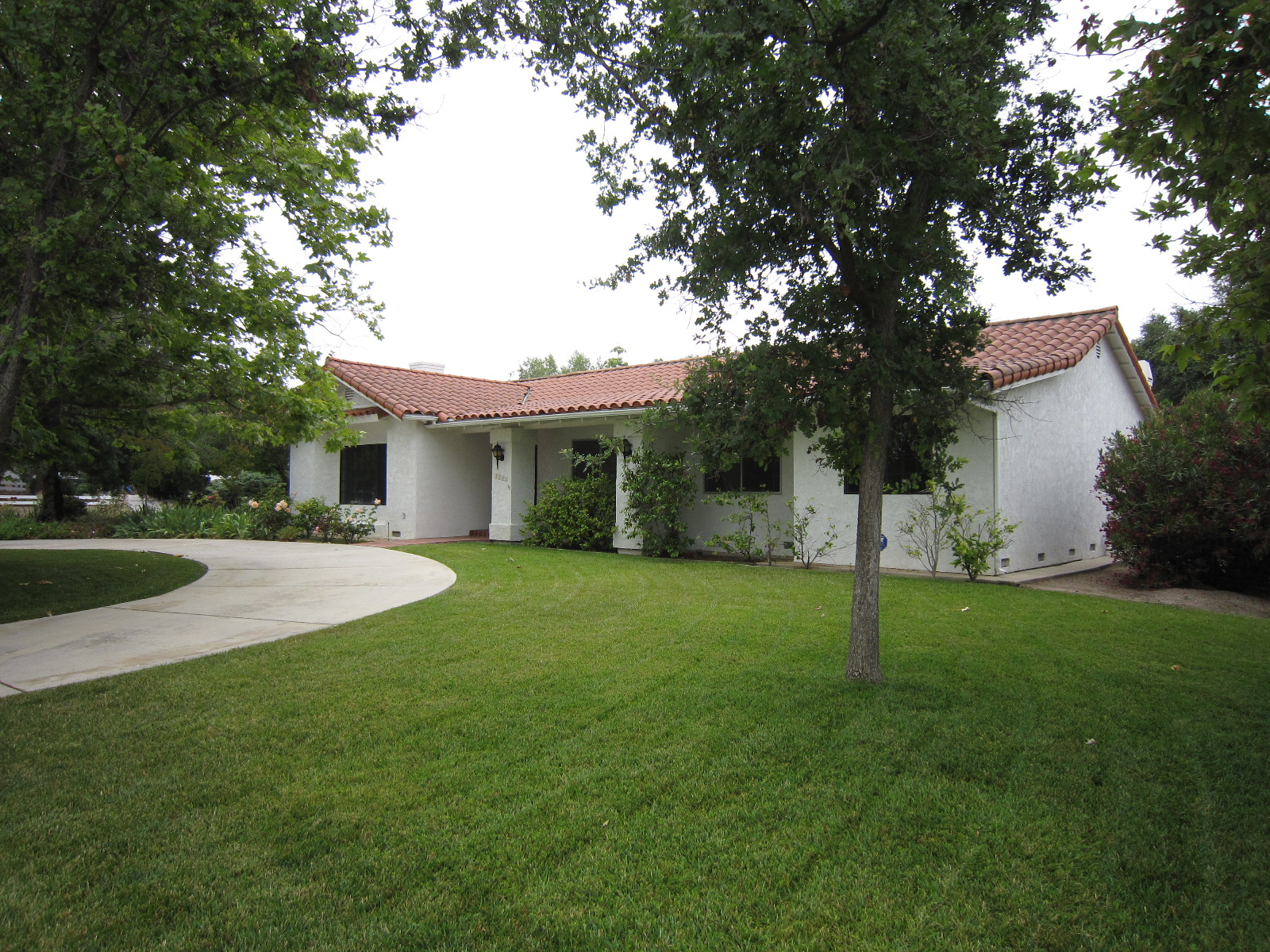 1084 Brush Hill Rd. Front USE.JPG