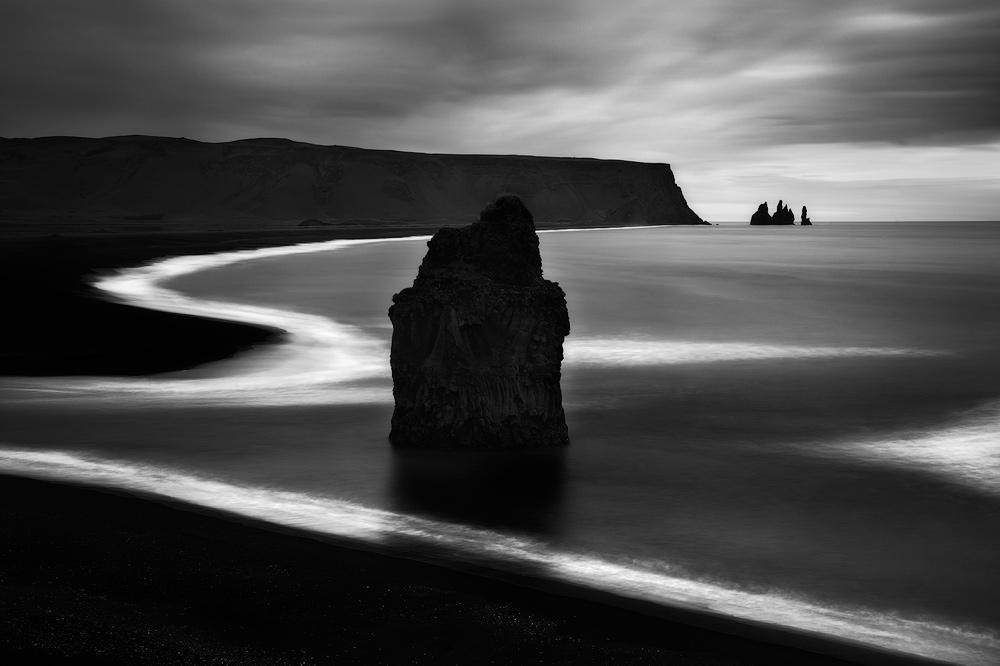 A view of the iconic Reynisdrangar seastacks near Vik, Iceland.
