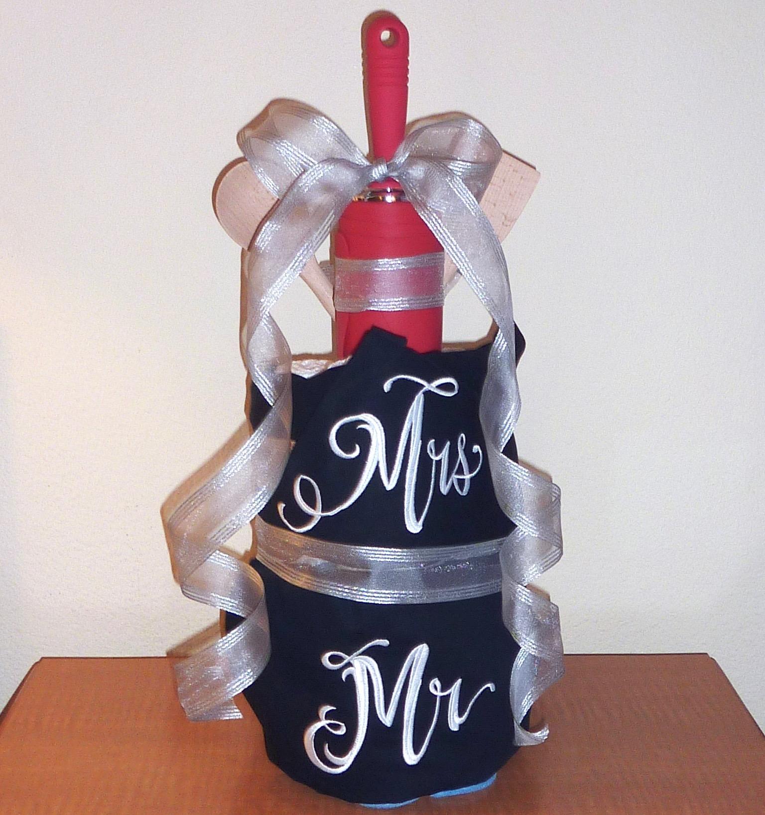 Dish Towel & Apron Wedding Cake