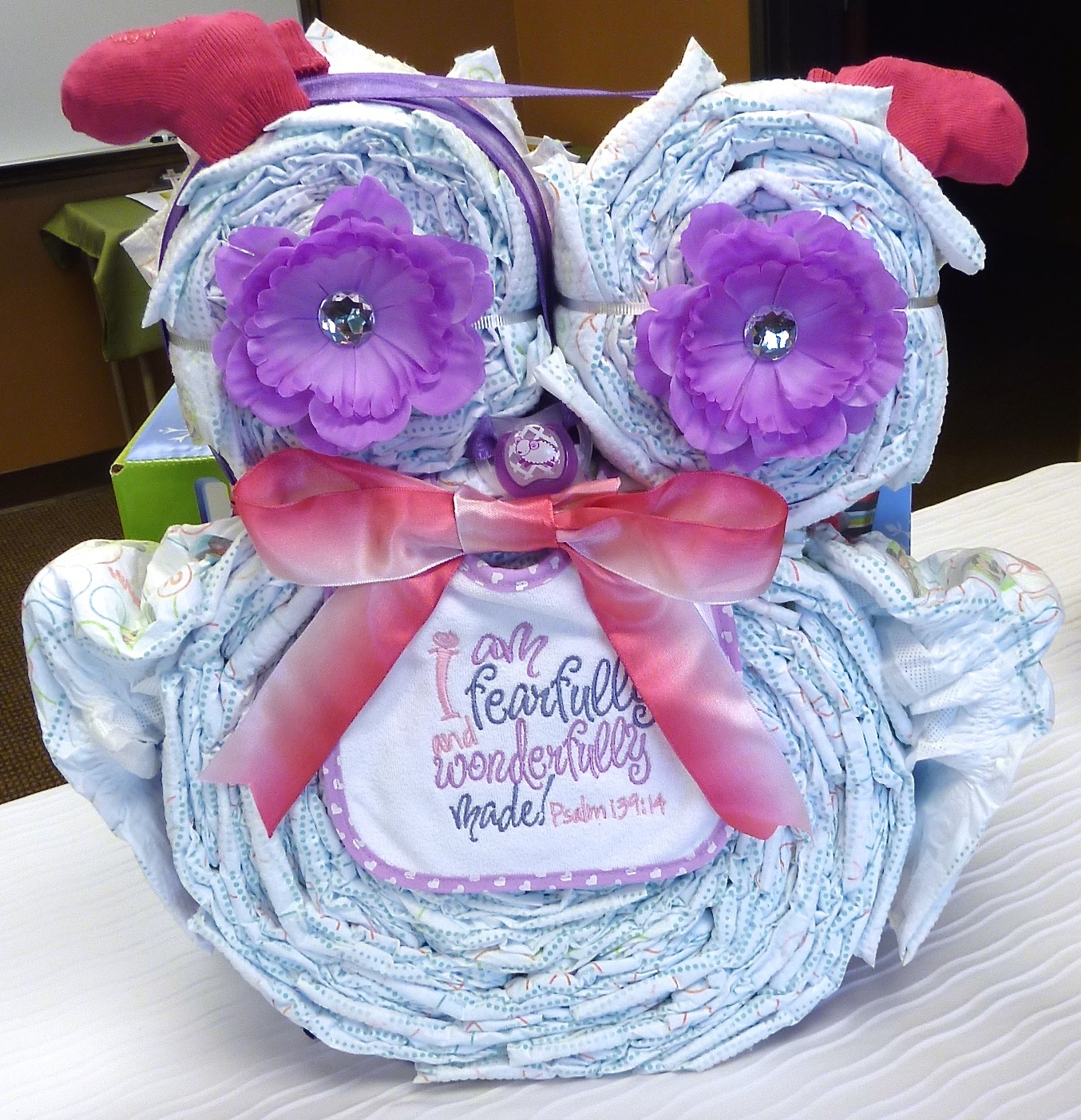 Diaper Cake Owl with embroidered baby bib