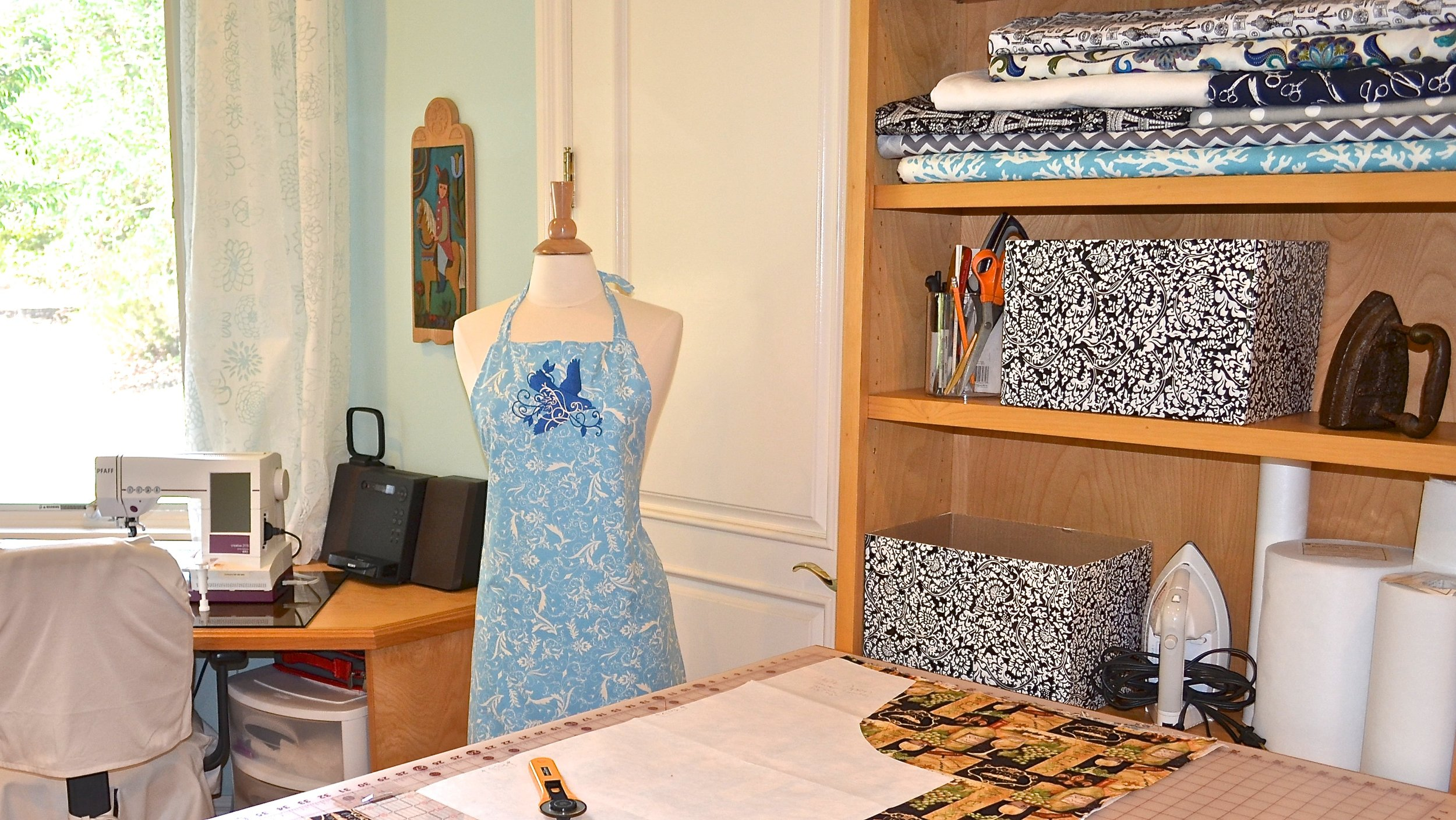 Everyday Embellished craft room