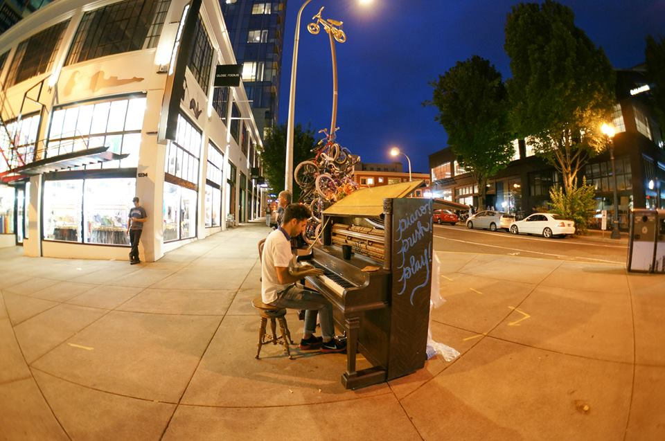 In the evening, the Pianos entice passersby to stop and play.
