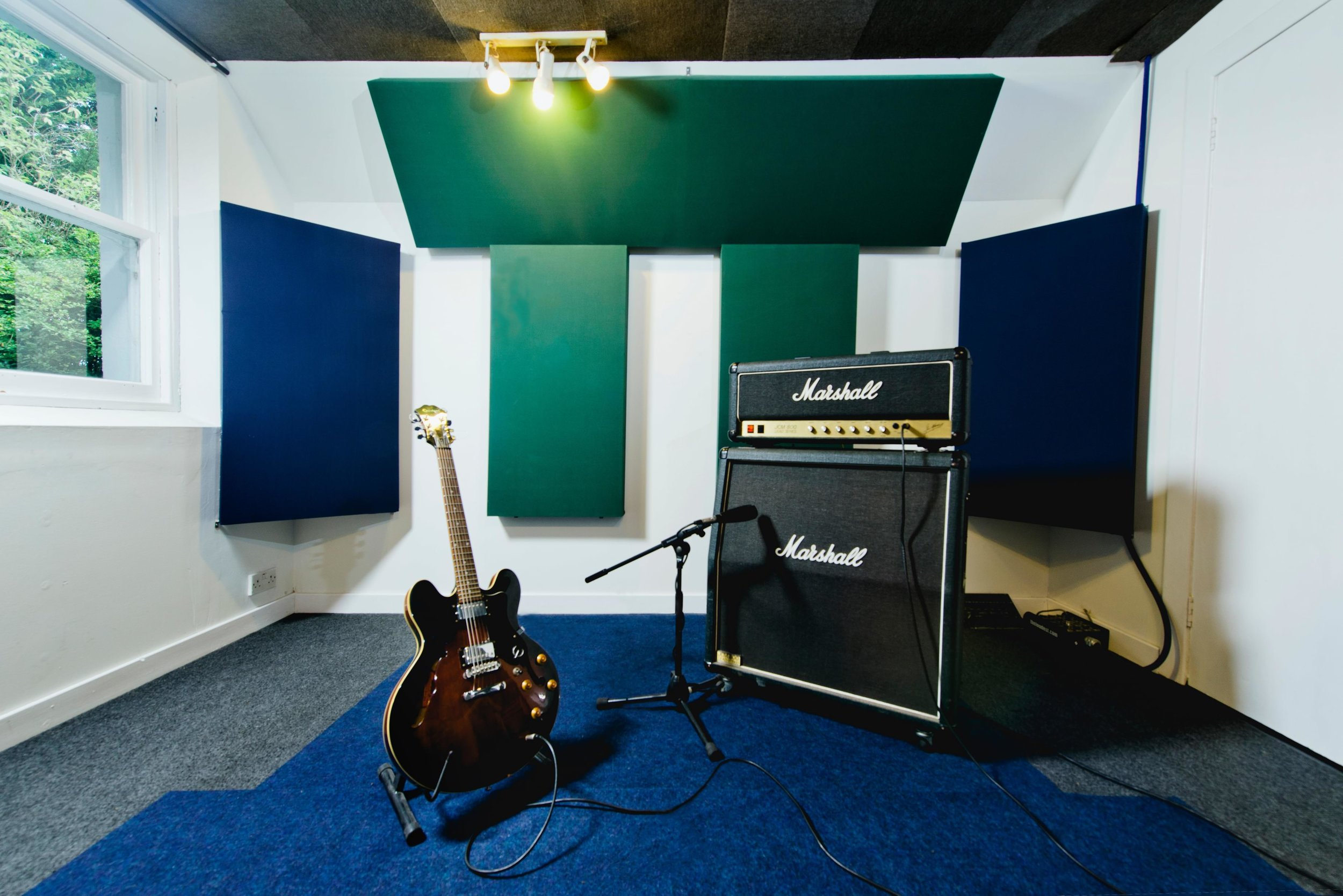 5 live room with amp and guitar 2.jpg