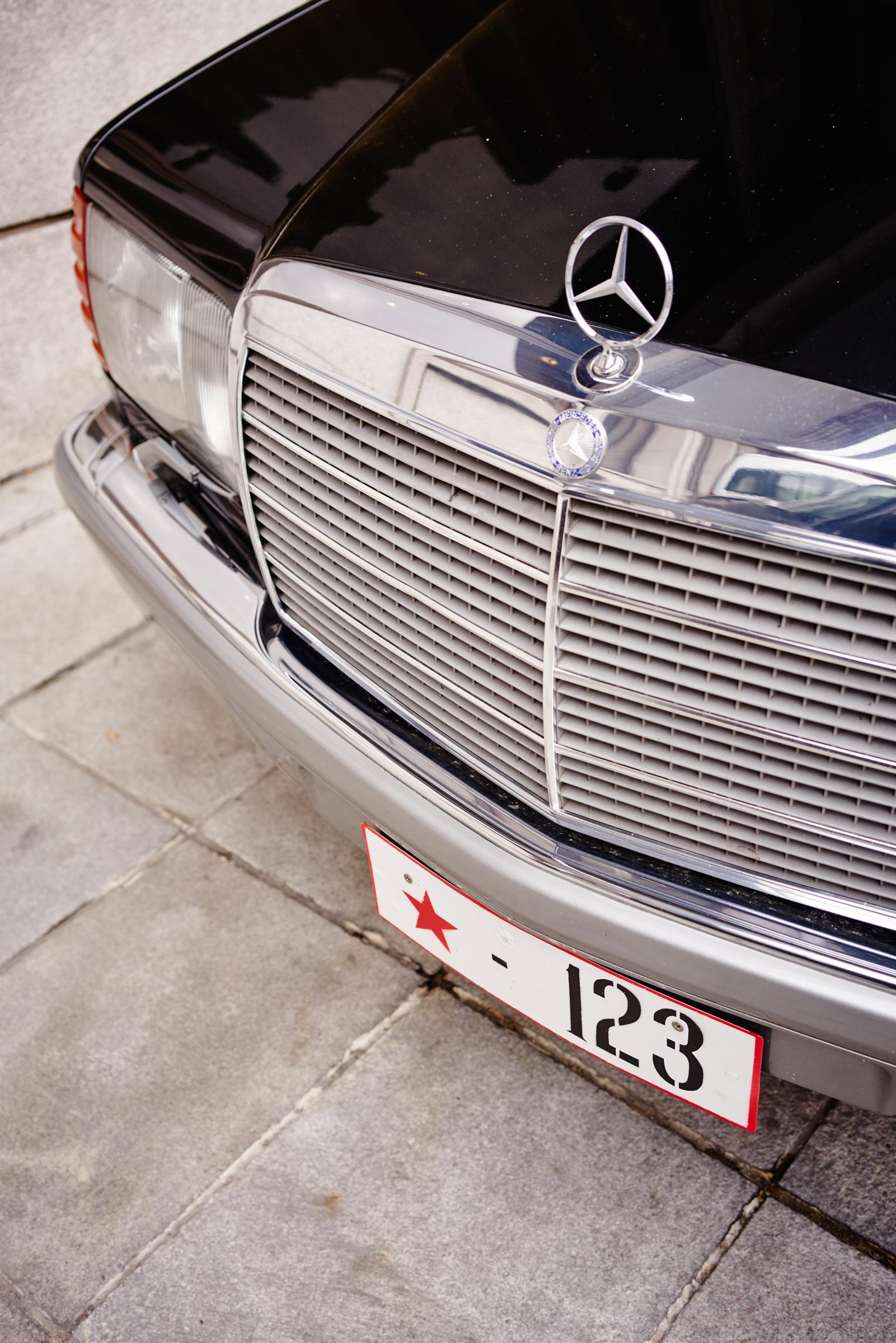 Mercedes *123