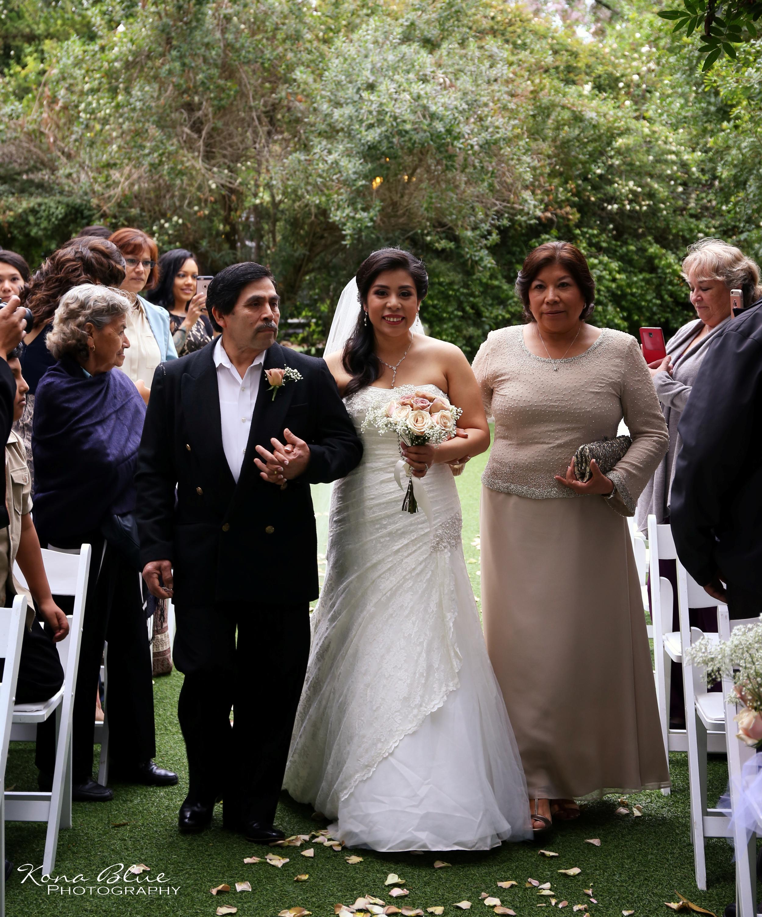 Luis & Deborah (3).JPG