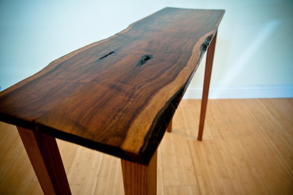 Consol Table Black Acacia .jpg