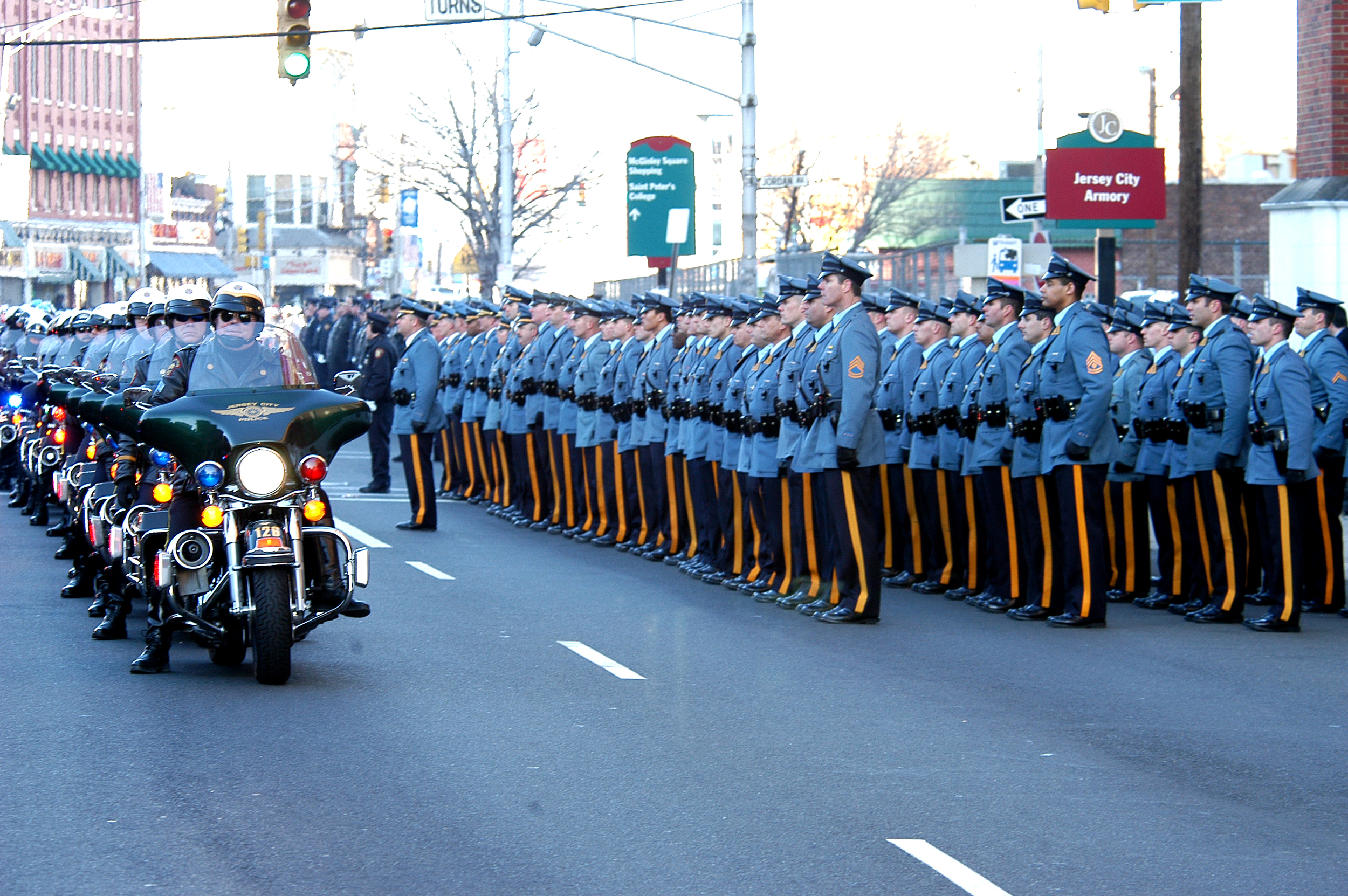 Police escort for deceased Jersey City Police Officer  Jan. 07, 2006.jpg