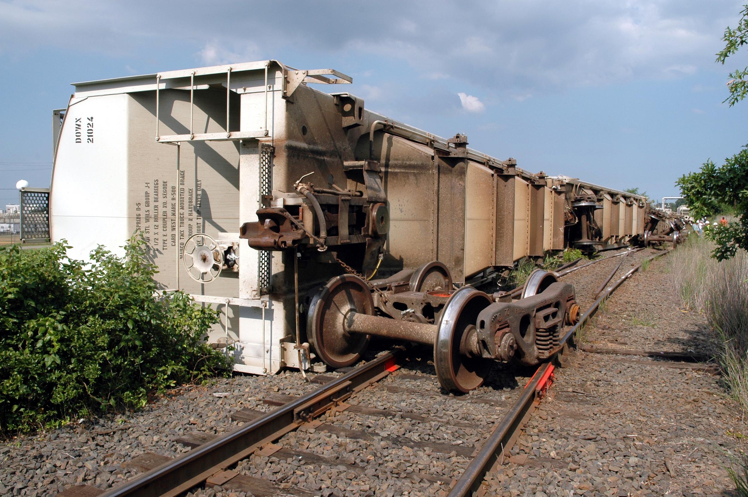 Freight train derailed in Avenel, NJ.JPG