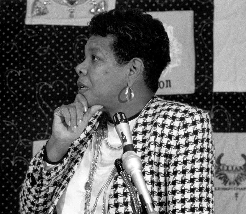 Mya  Angelou.jpg
