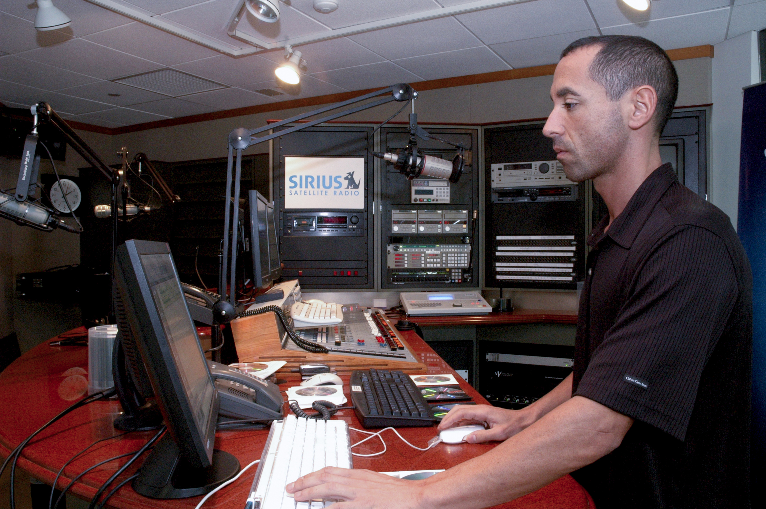 SIRIUS SATELLITE RADIO.jpg