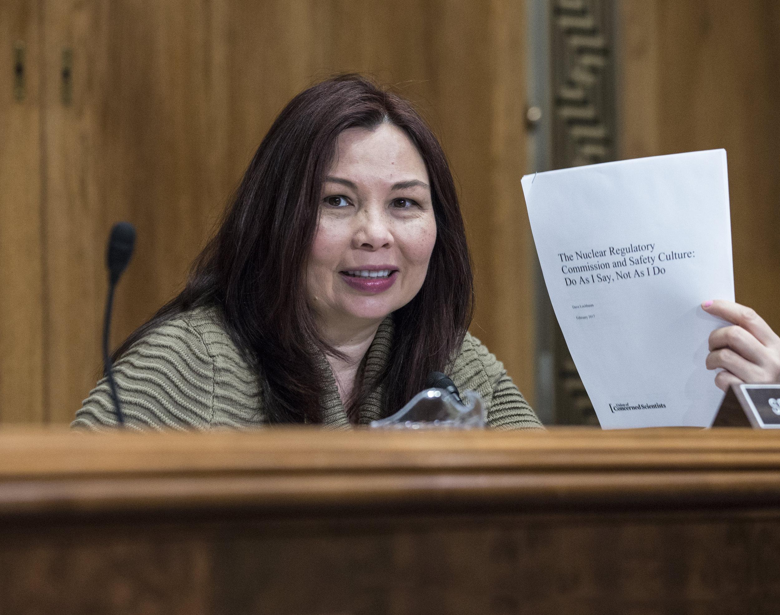 2017 12 Senate  Committee on Evironment and Public Wroks0034.jpg