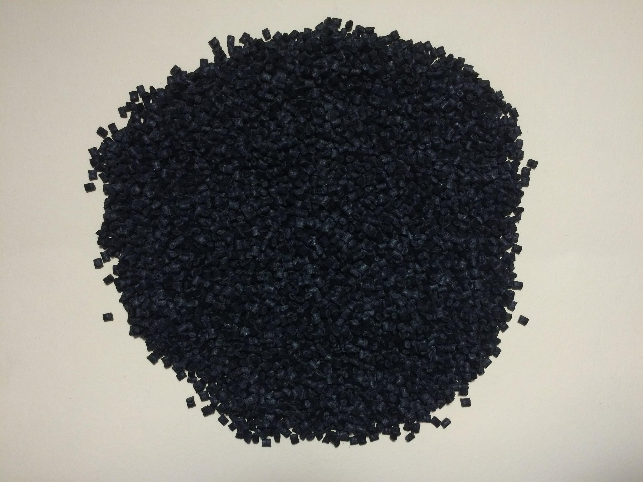 POM Black Filled 1.JPG