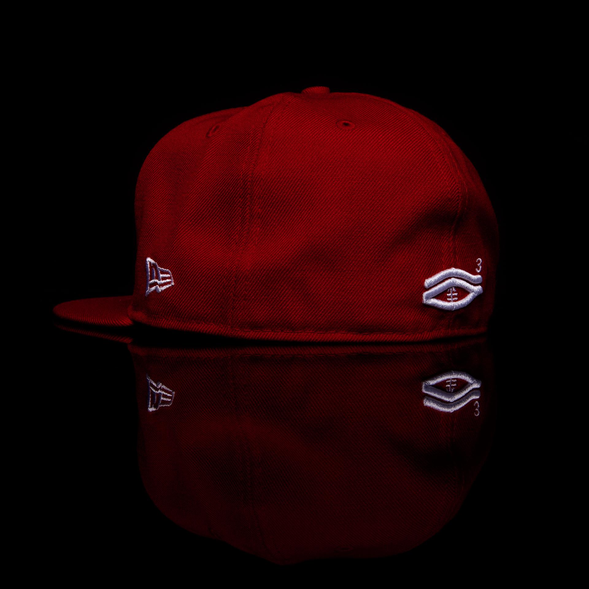 TDE-red-back-angle.png