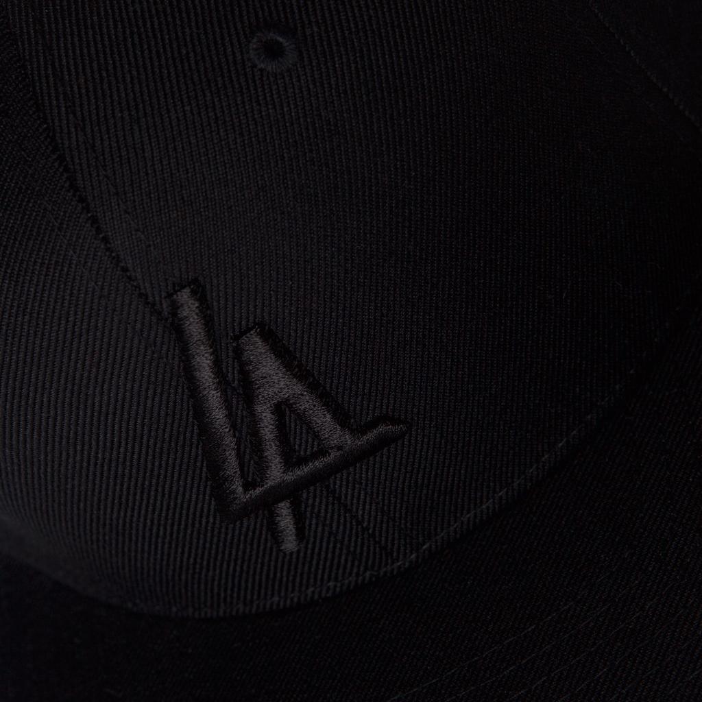 NANA-LIFESTYLE-LA-BLACK-detail-Snapback.png