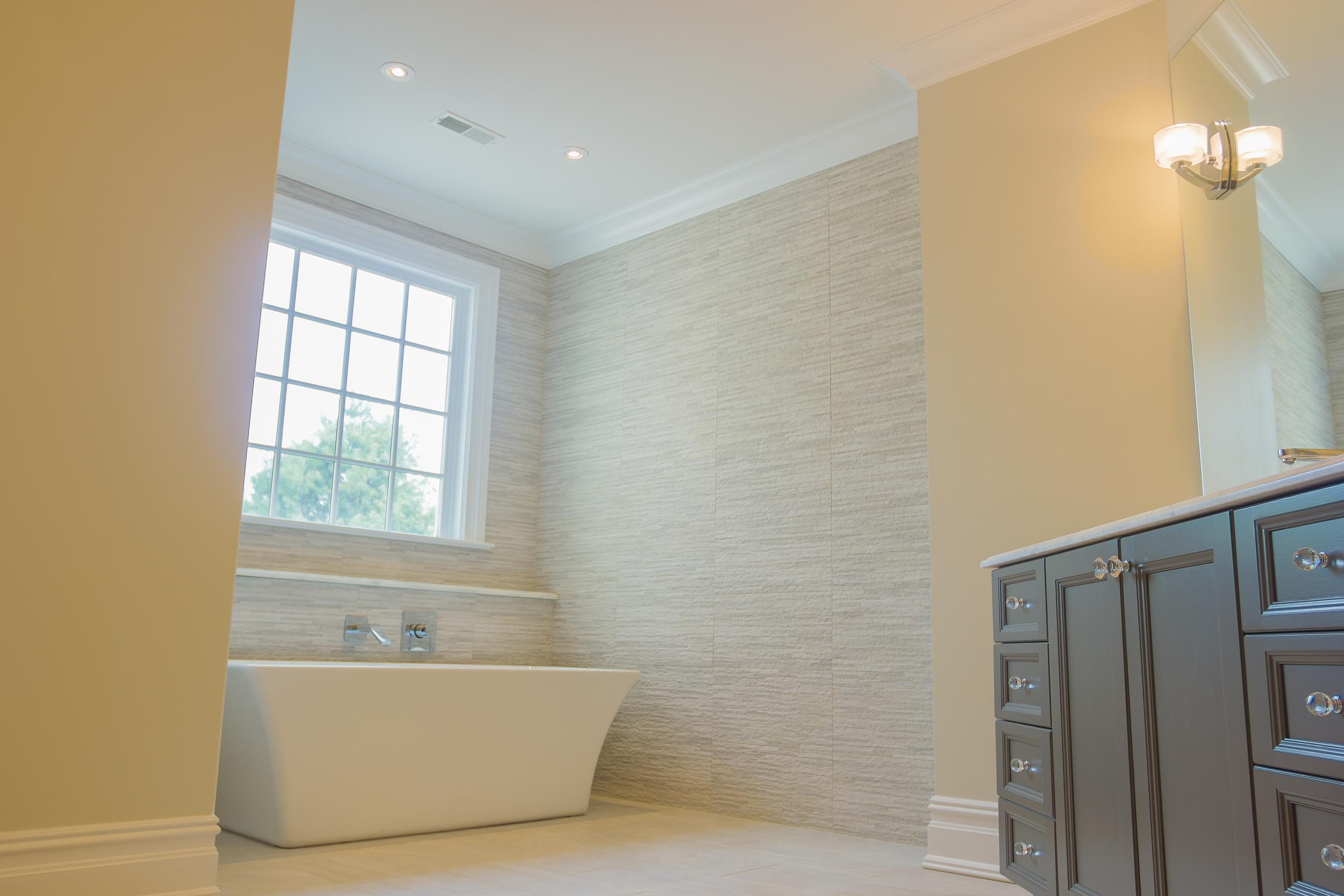 Master Bath - 17.jpg