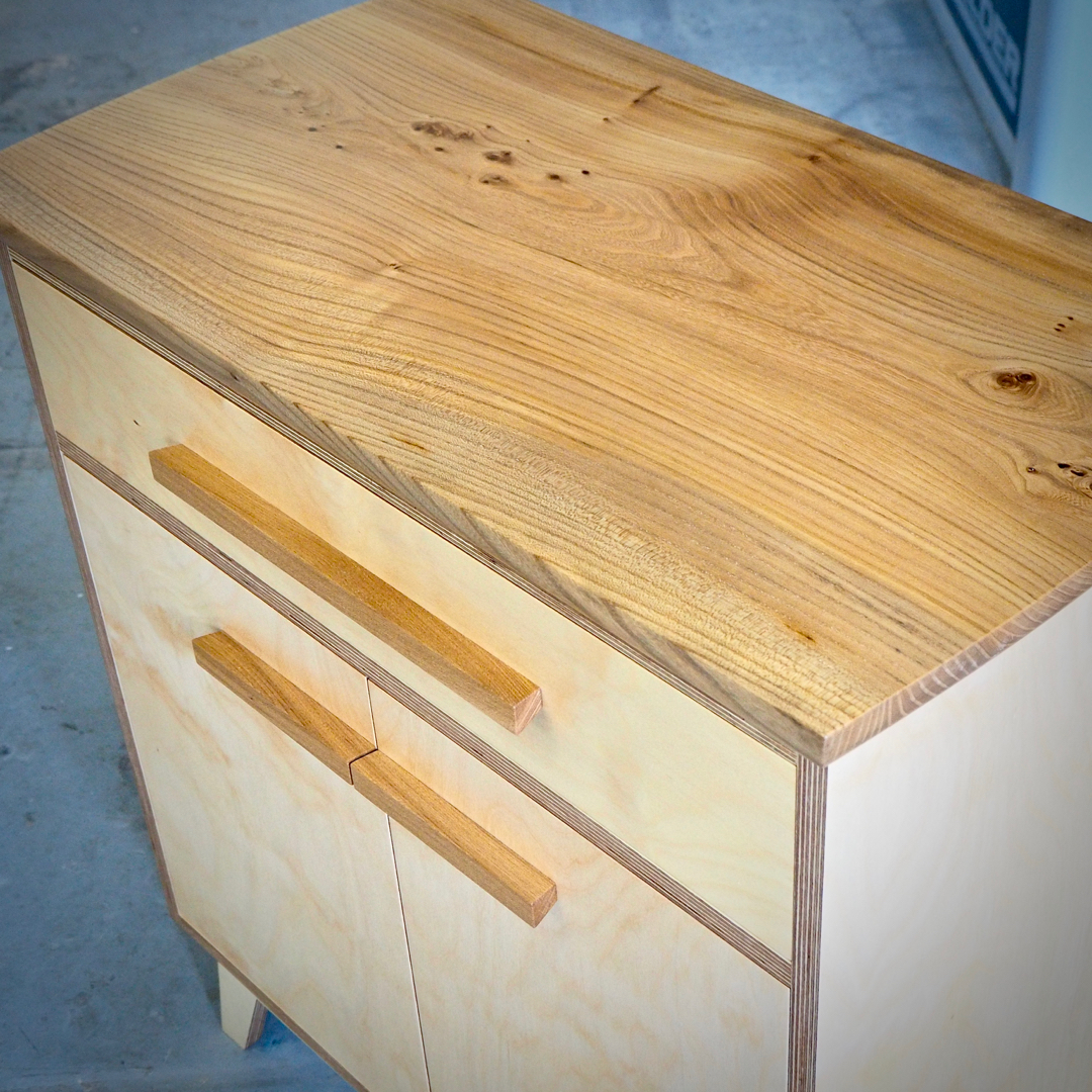 Single piece elm cabinet top