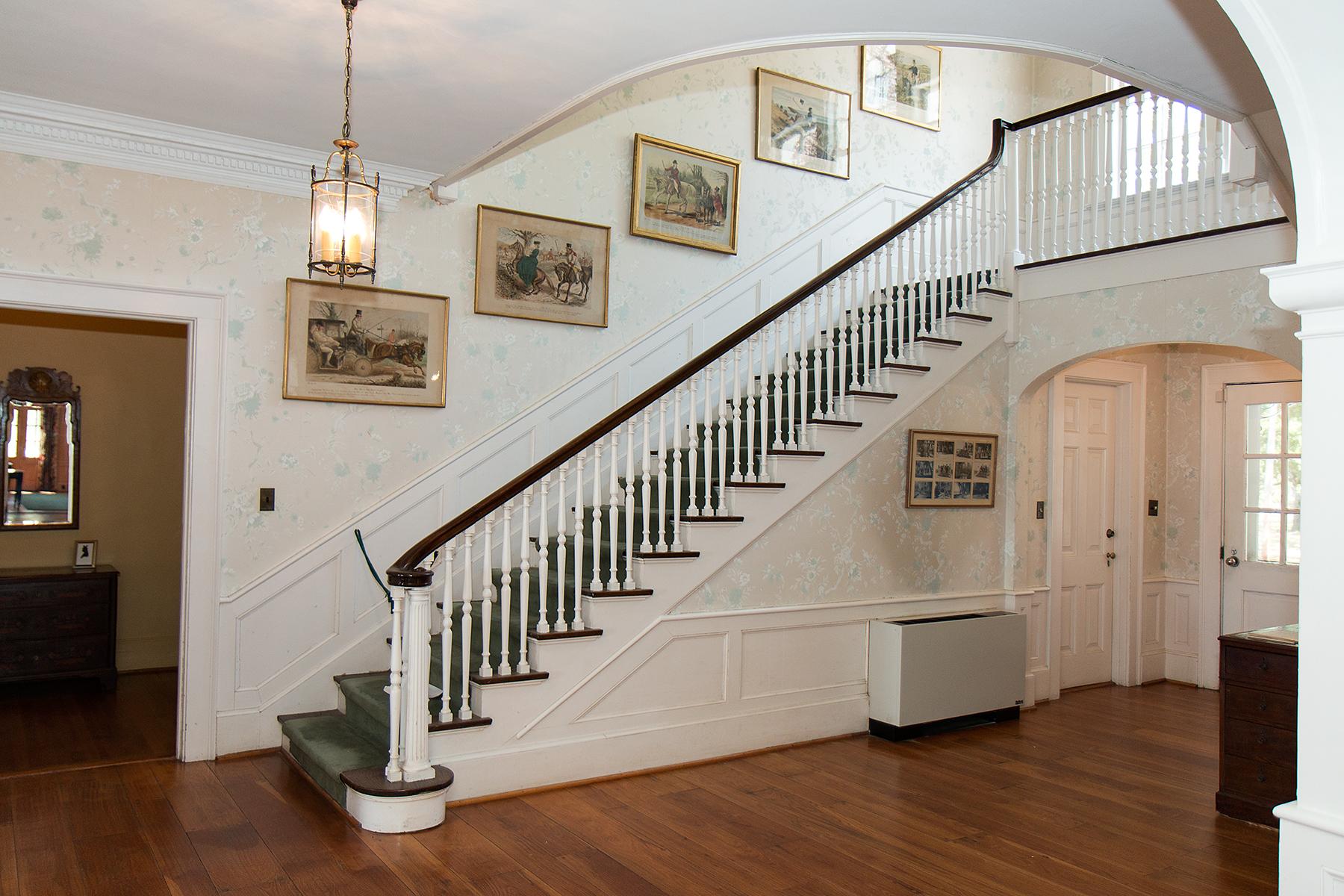 HBC - stairwell MLS.jpg