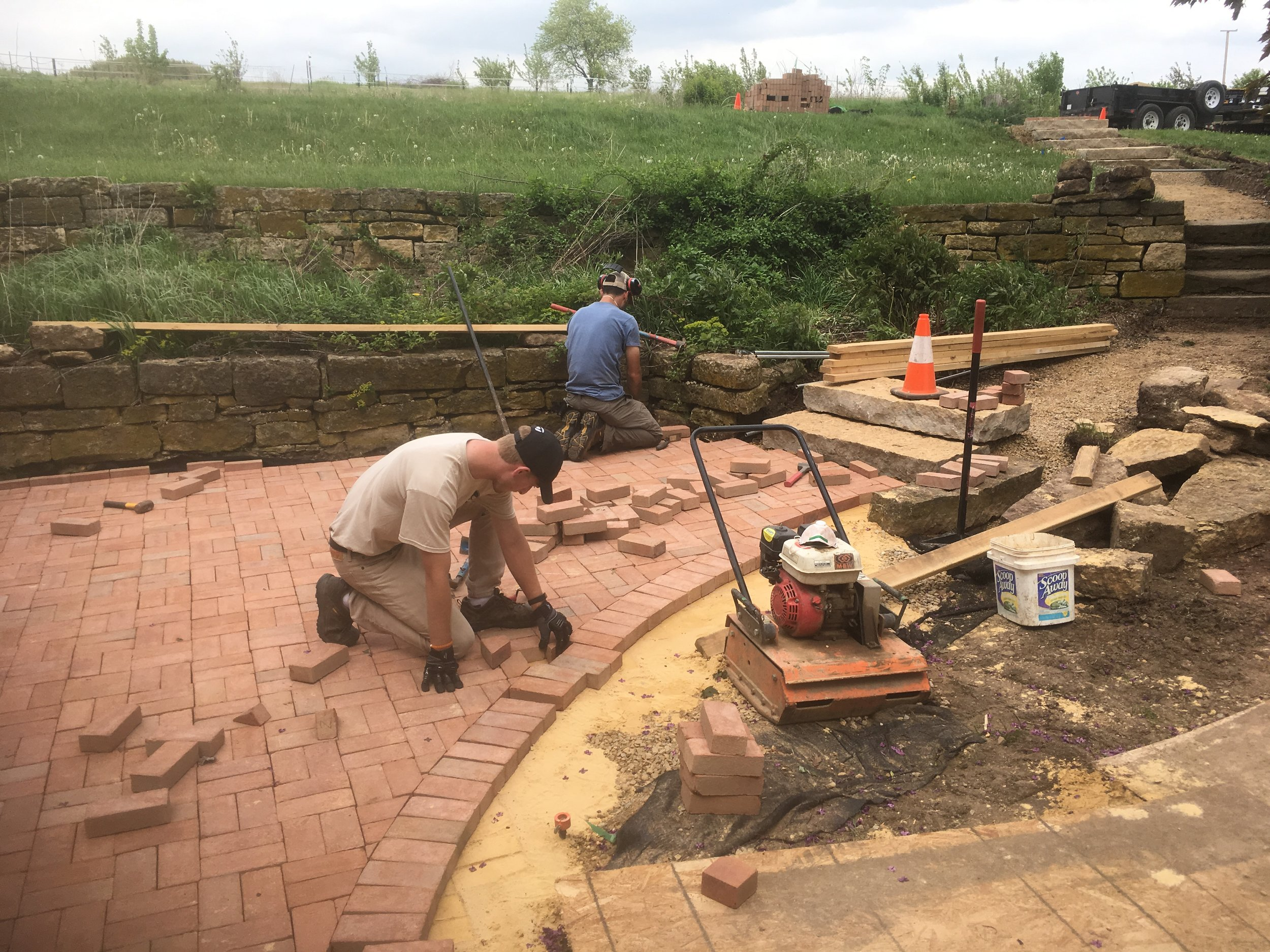 Brick Patio Detailing - Edge Refinement