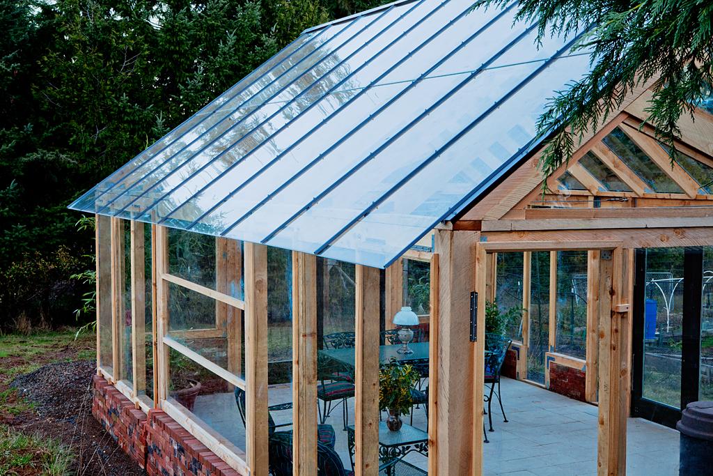 Clean Glass Overhang