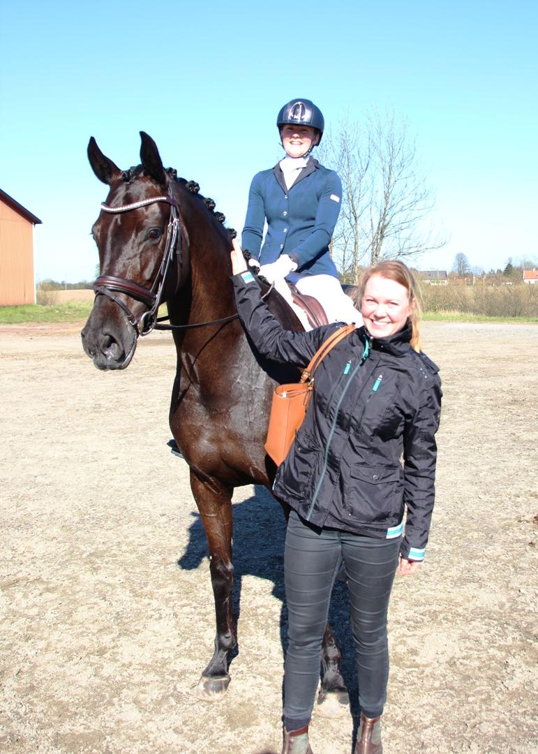 Corona and Linn with owner Nina Dahlheim