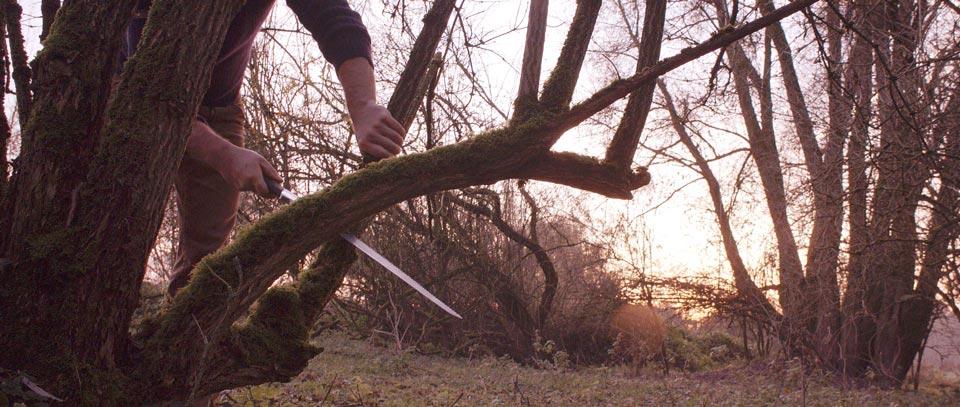 master-flute-maker-winne-clement-fluiten-luthier-craftsman-facteur-flûtes-flöten-hersteller-music-instrument-wood-wind--harvest-cutting-japanese.jpg