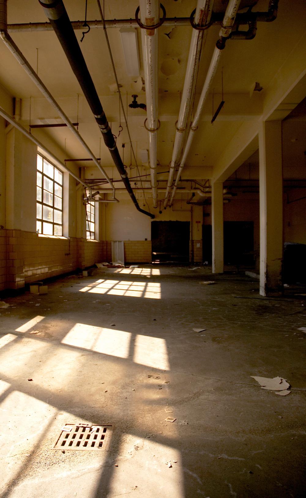 flav-o-rich-hallway_large_web.jpg