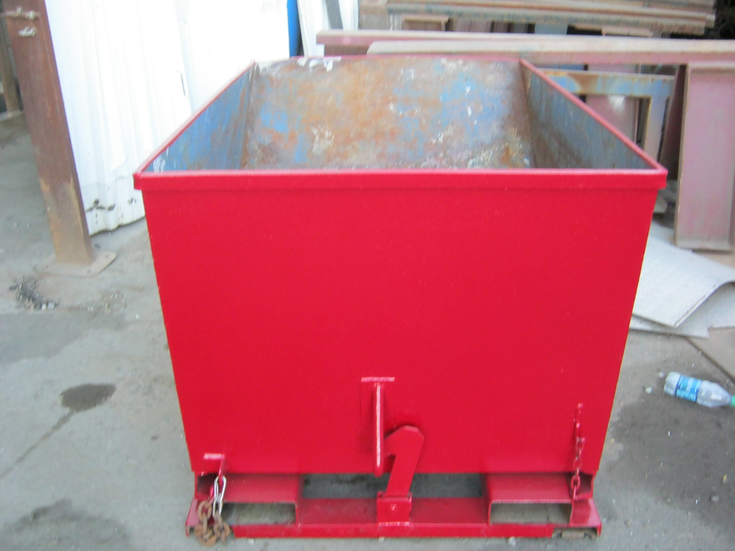 "3 YARD SELF DUMPING HOPPER    5' 4"" L x 5' 4"" W x 4' 8"" H"