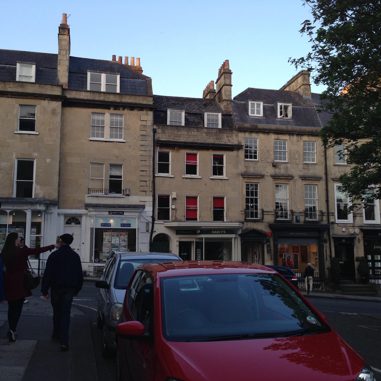 More limestone buildings in Bath.