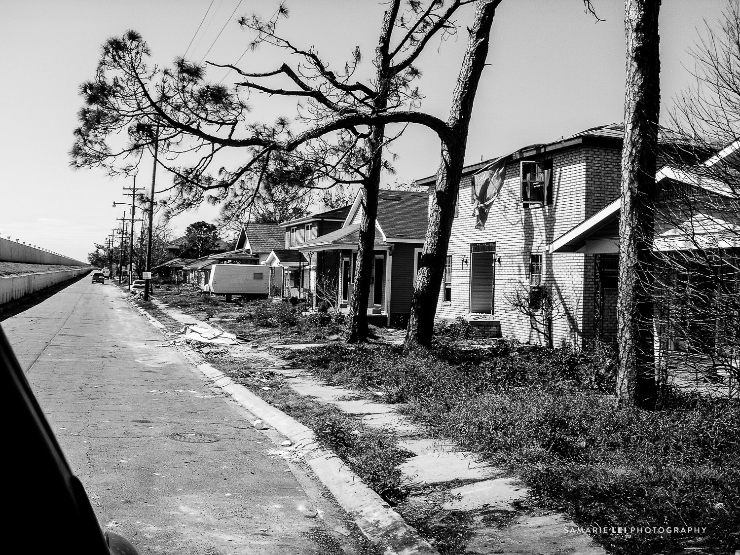 New-Orleans-Katrina-2005-Photography-Neighborhoods-10.jpg