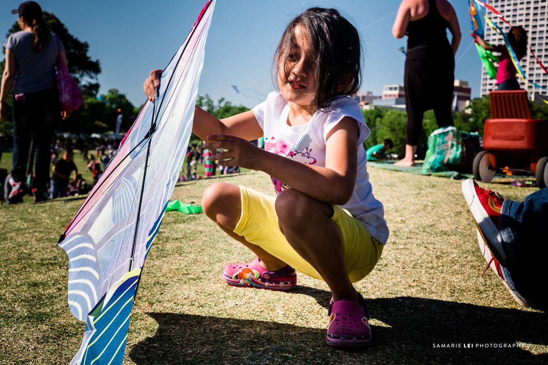 family-photographer-hermann-park-kite-festival-Houston-TX-3.jpg
