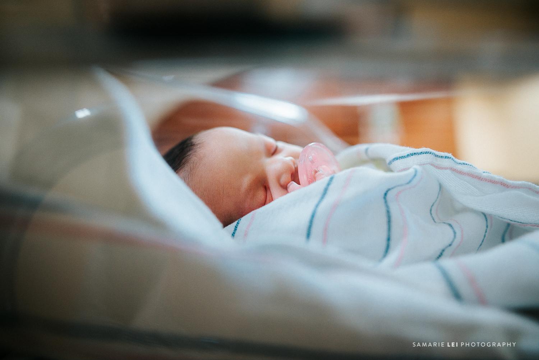 newborn-photographer-fresh-48-houston-baby-32-7.jpg
