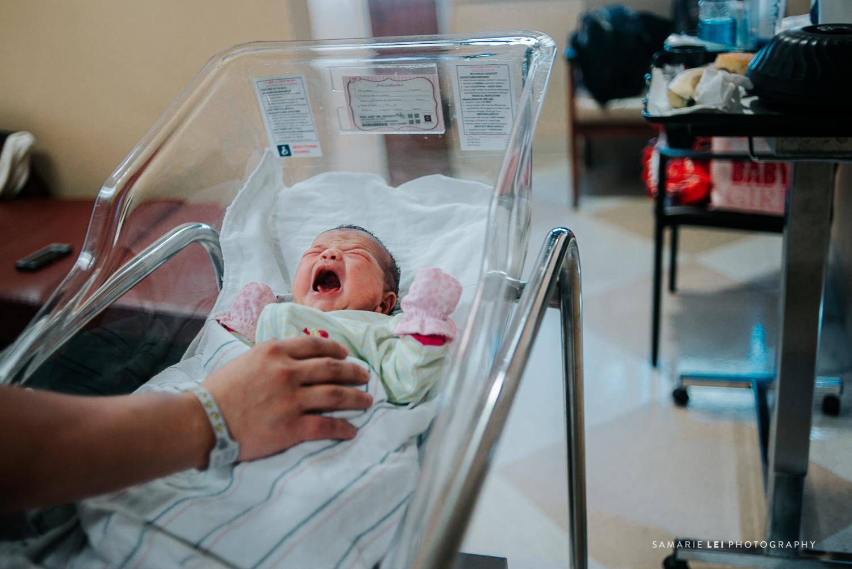 newborn-photographer-fresh-48-houston-baby-32-11.jpg