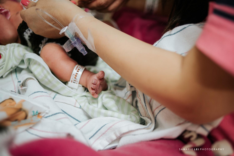 newborn-photographer-fresh-48-houston-baby-32-18.jpg
