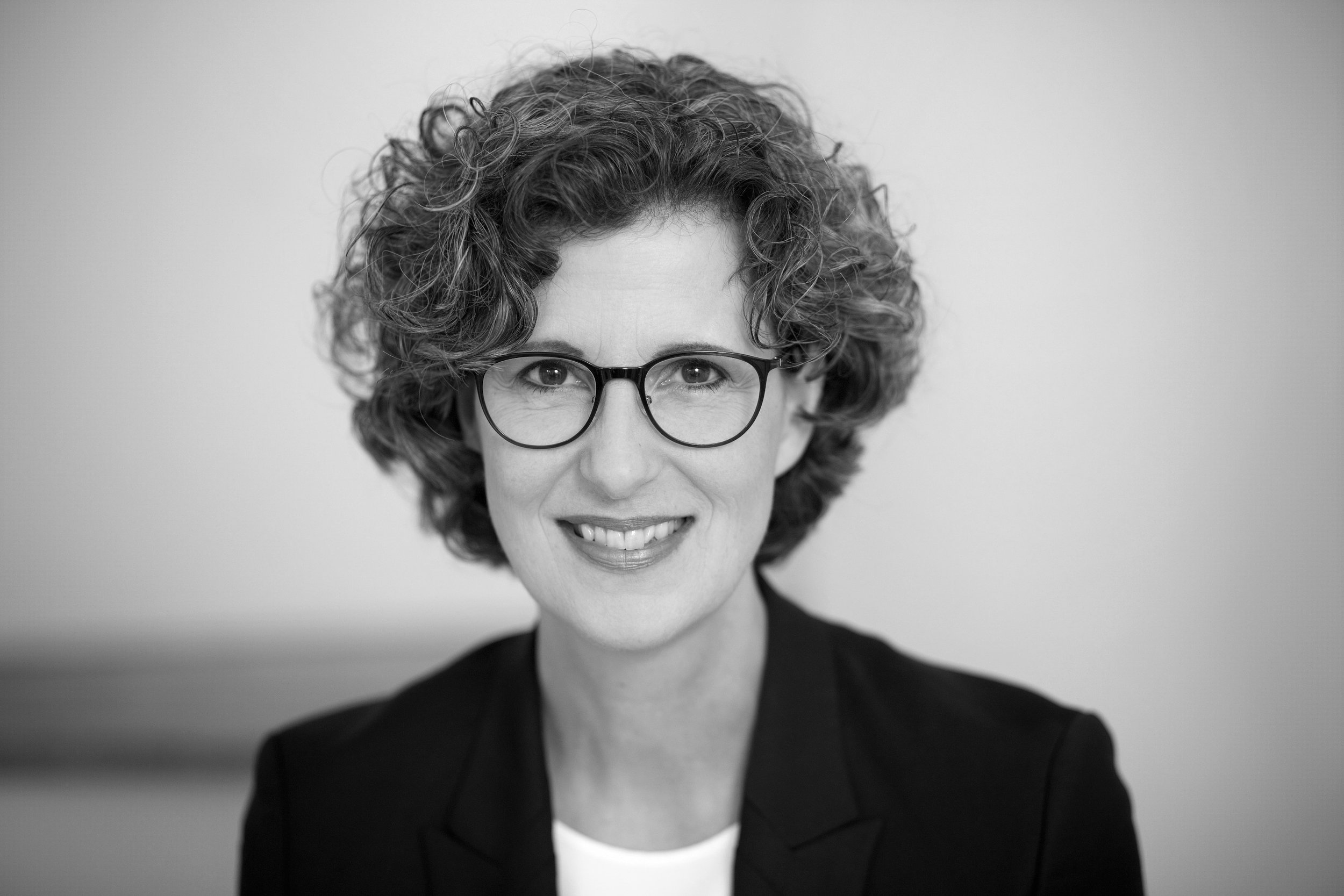 Sabine Kuesters_02 - bw.JPG