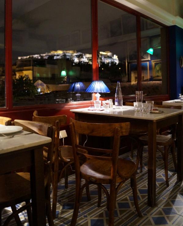 Dinner mit Aussicht auf die Akropolis im Café Avissima