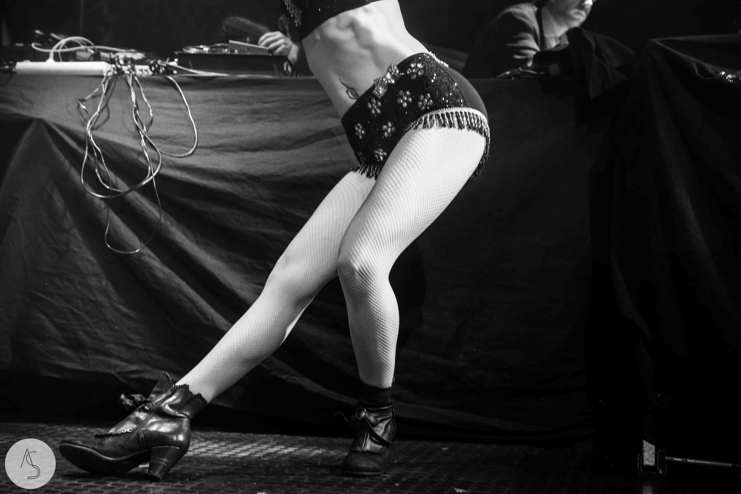 Electro swing cabaret - Ninkasi- photographe evenements - Adriana Salazar photo-48.jpg