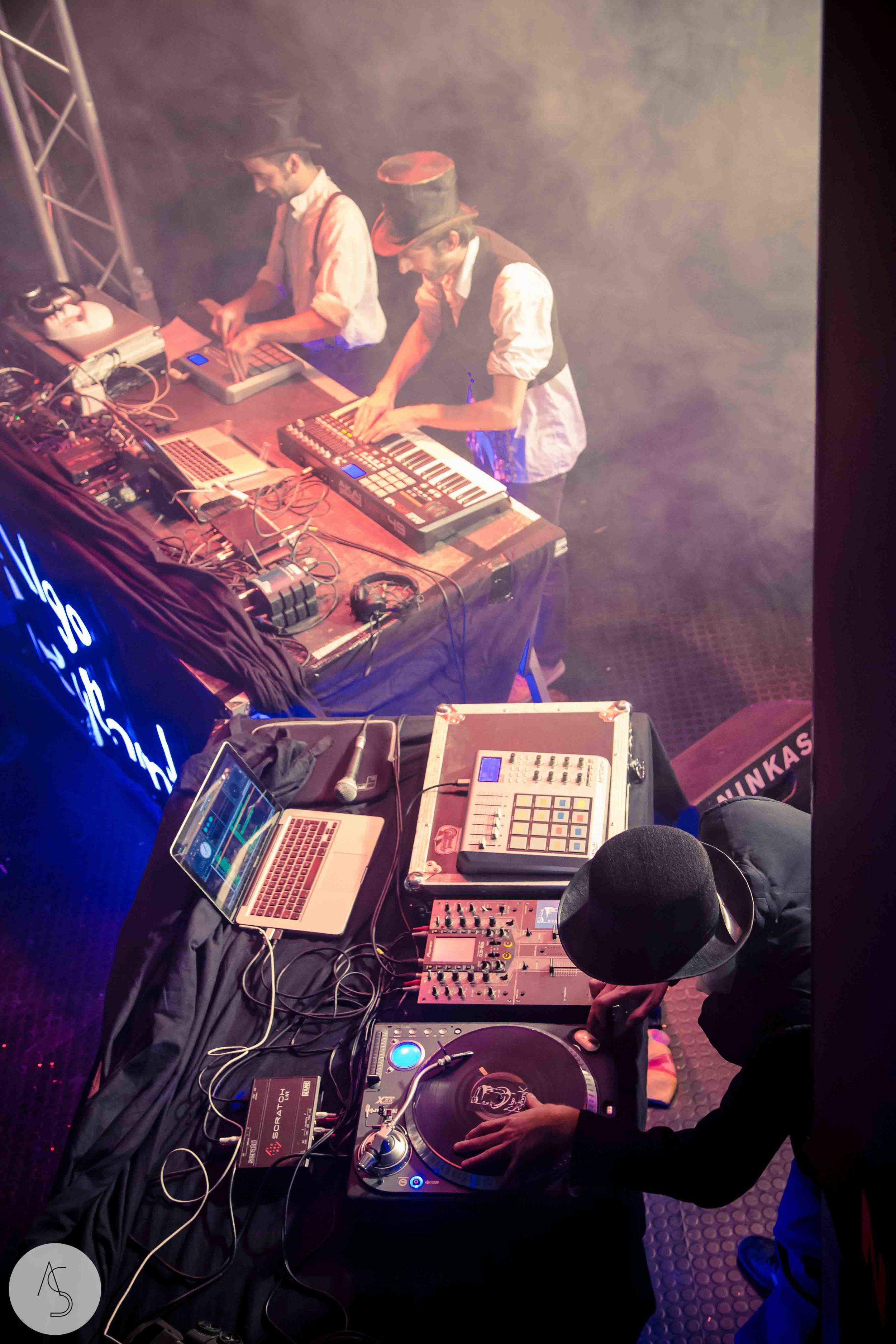 Electro swing cabaret - Ninkasi- photographe evenements - Adriana Salazar photo-65.jpg