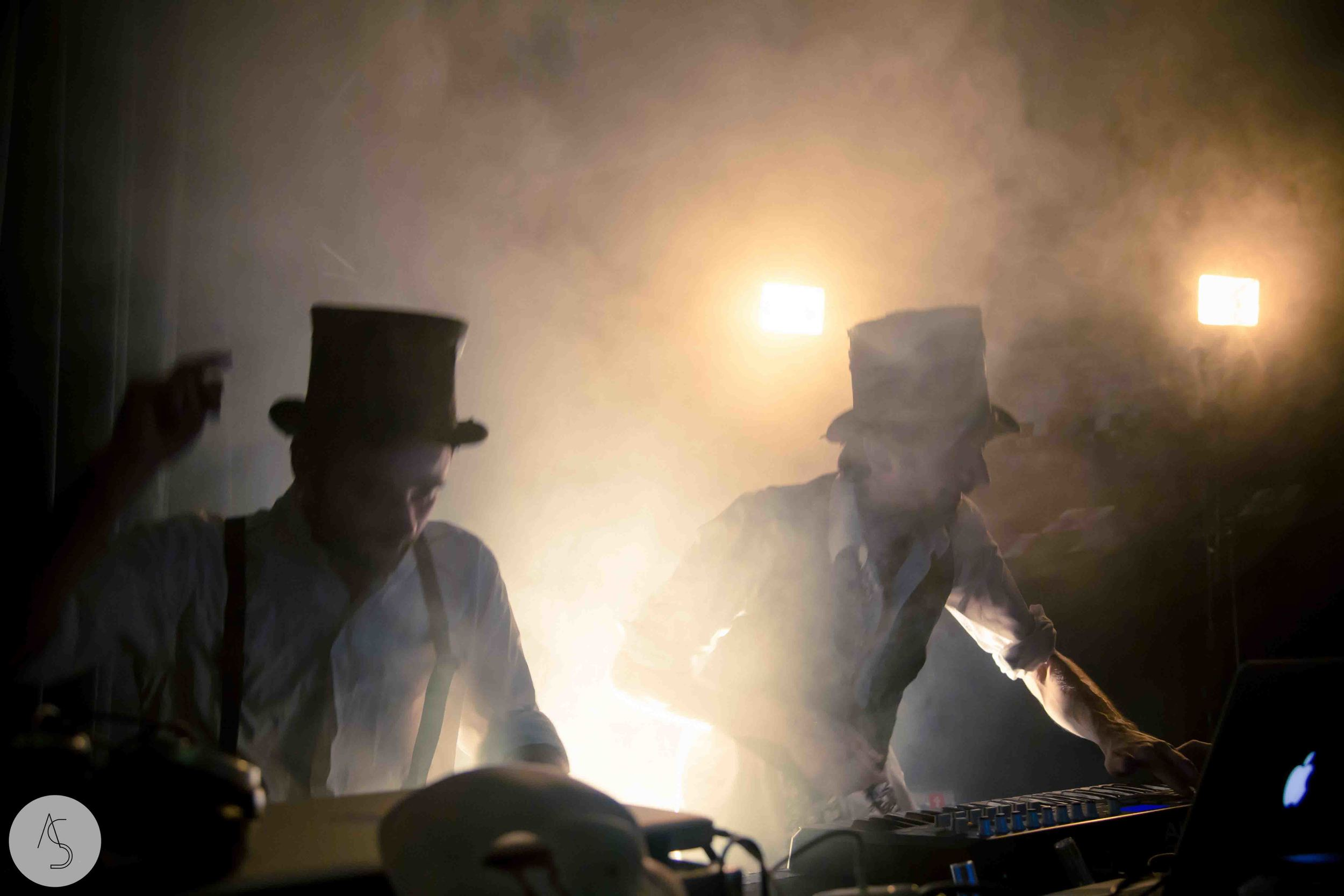 Electro swing cabaret - Ninkasi- photographe evenements - Adriana Salazar photo-71.jpg