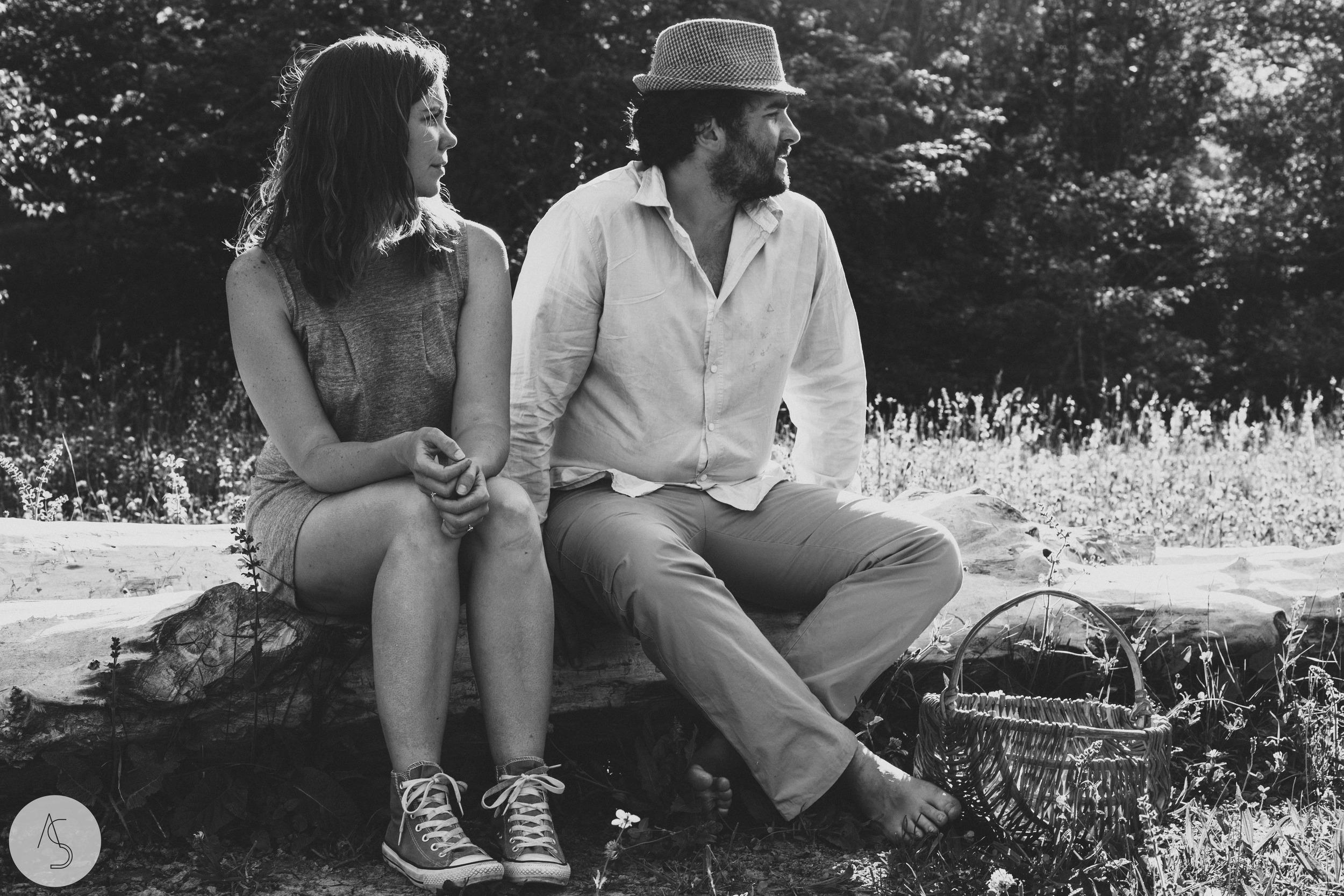 Séance engagement - La Drôme - Lifestyle_ Photographe couple17.jpg