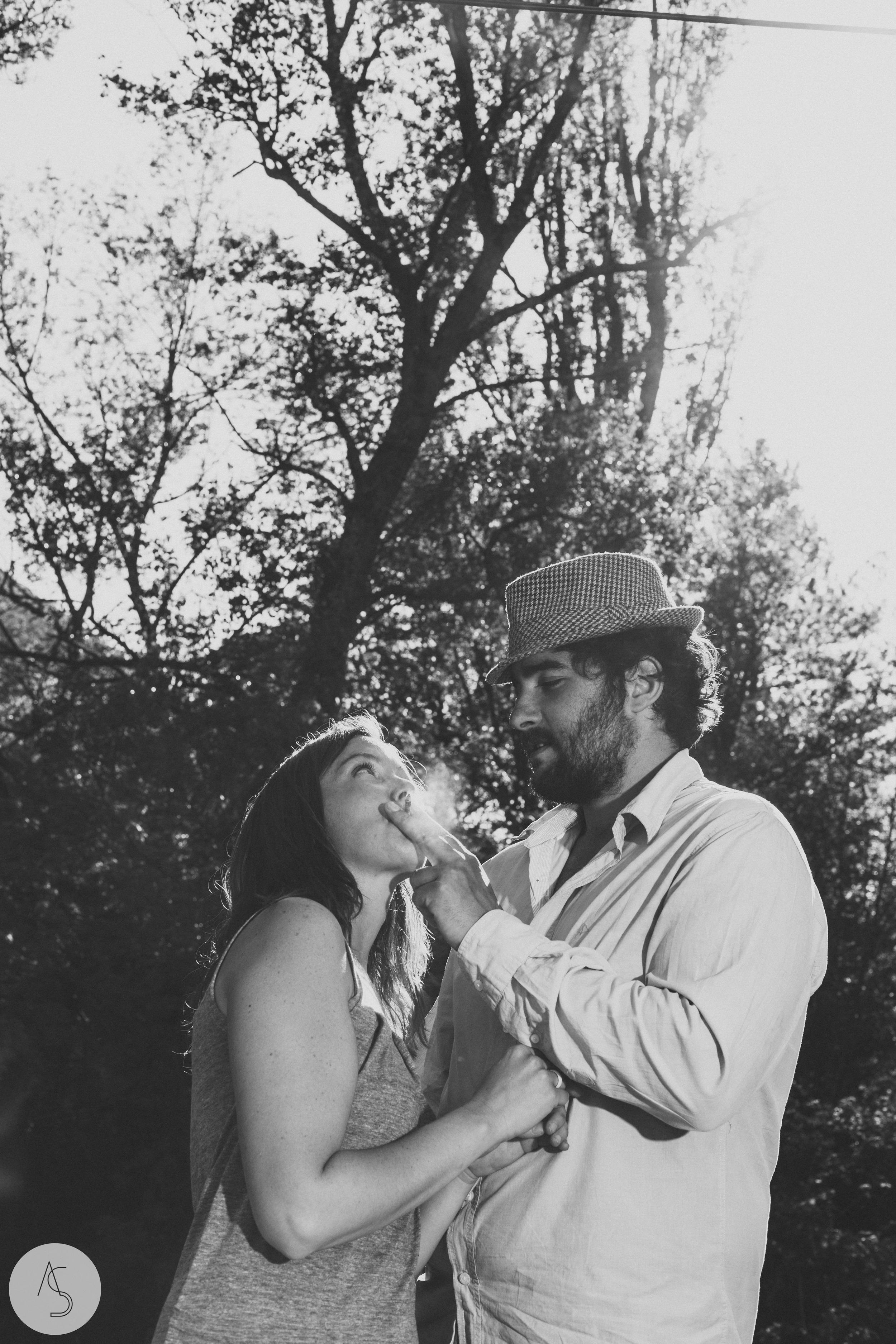 Séance engagement - La Drôme - Lifestyle_ Photographe couple24.jpg
