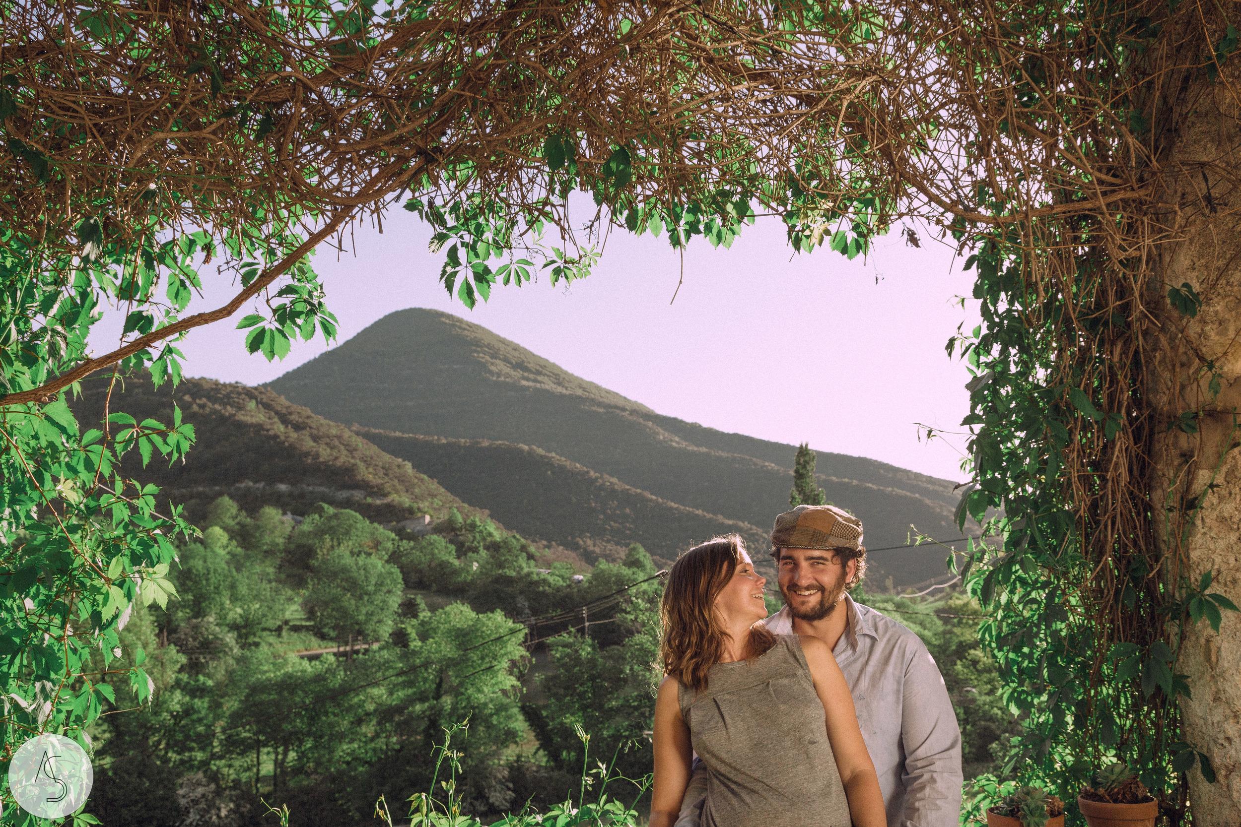 Séance engagement - La Drôme - Lifestyle_ Photographe couple52.jpg