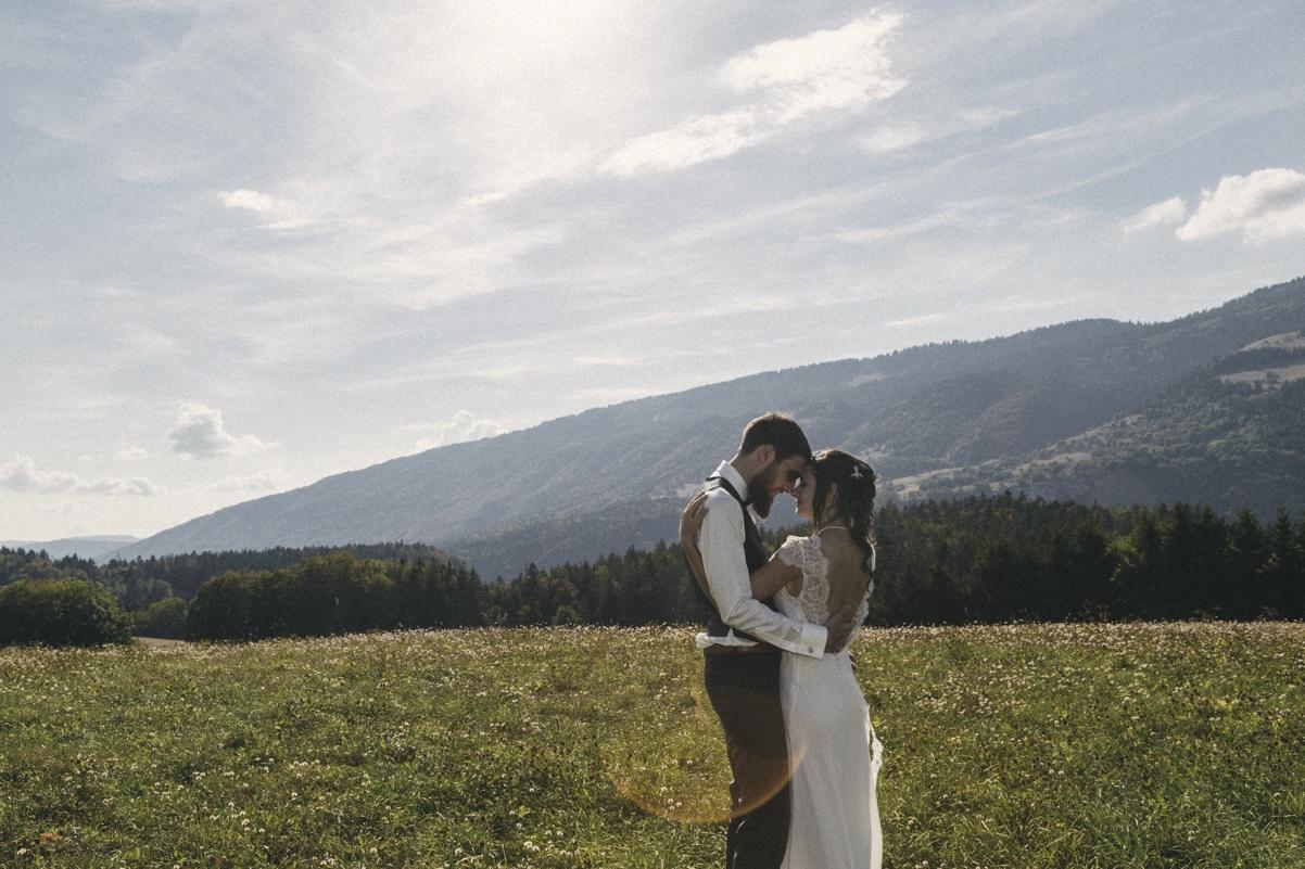 Séance couple - Mariage à la montagne.jpg