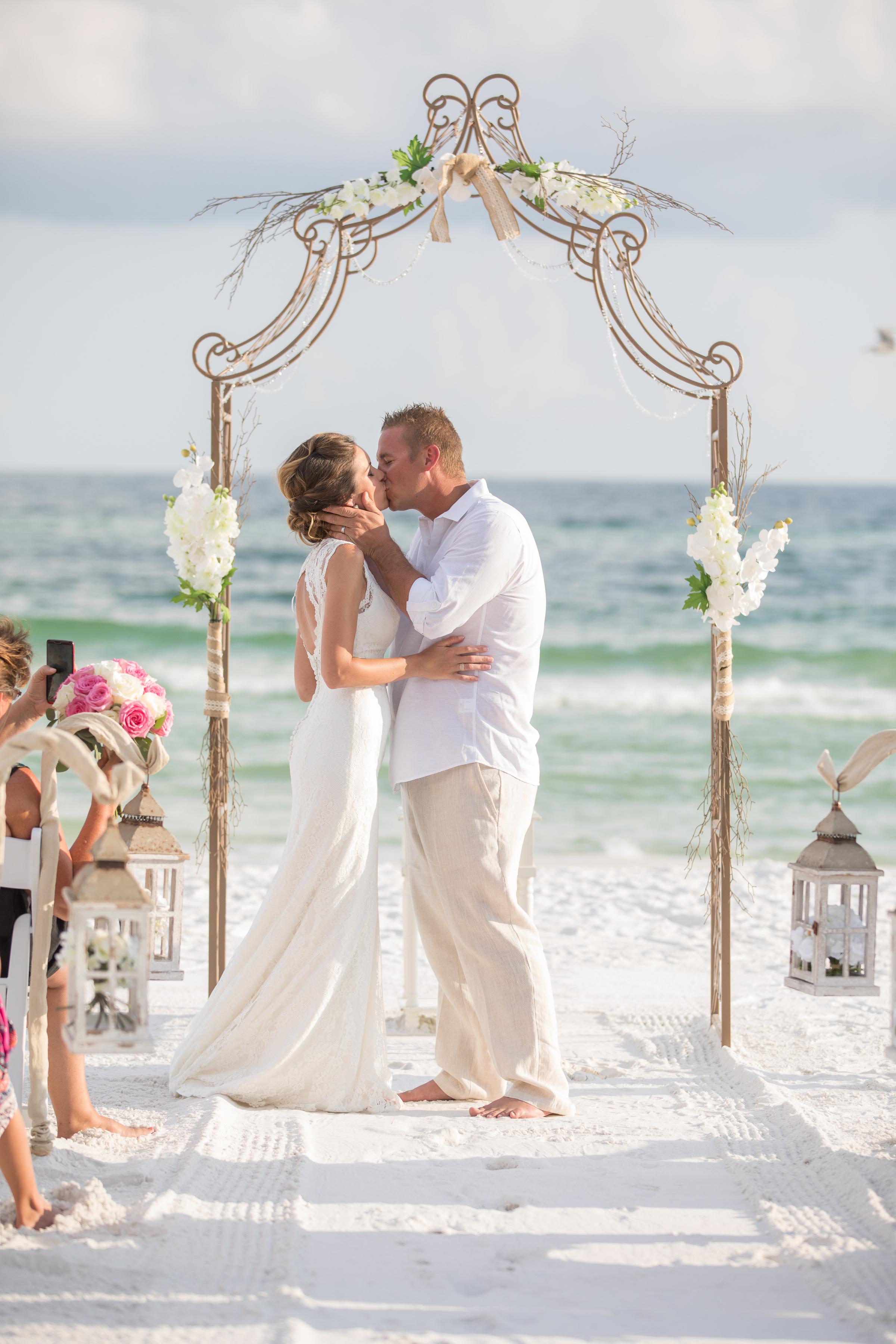 destin beach wedding package picture77_ (1).jpg