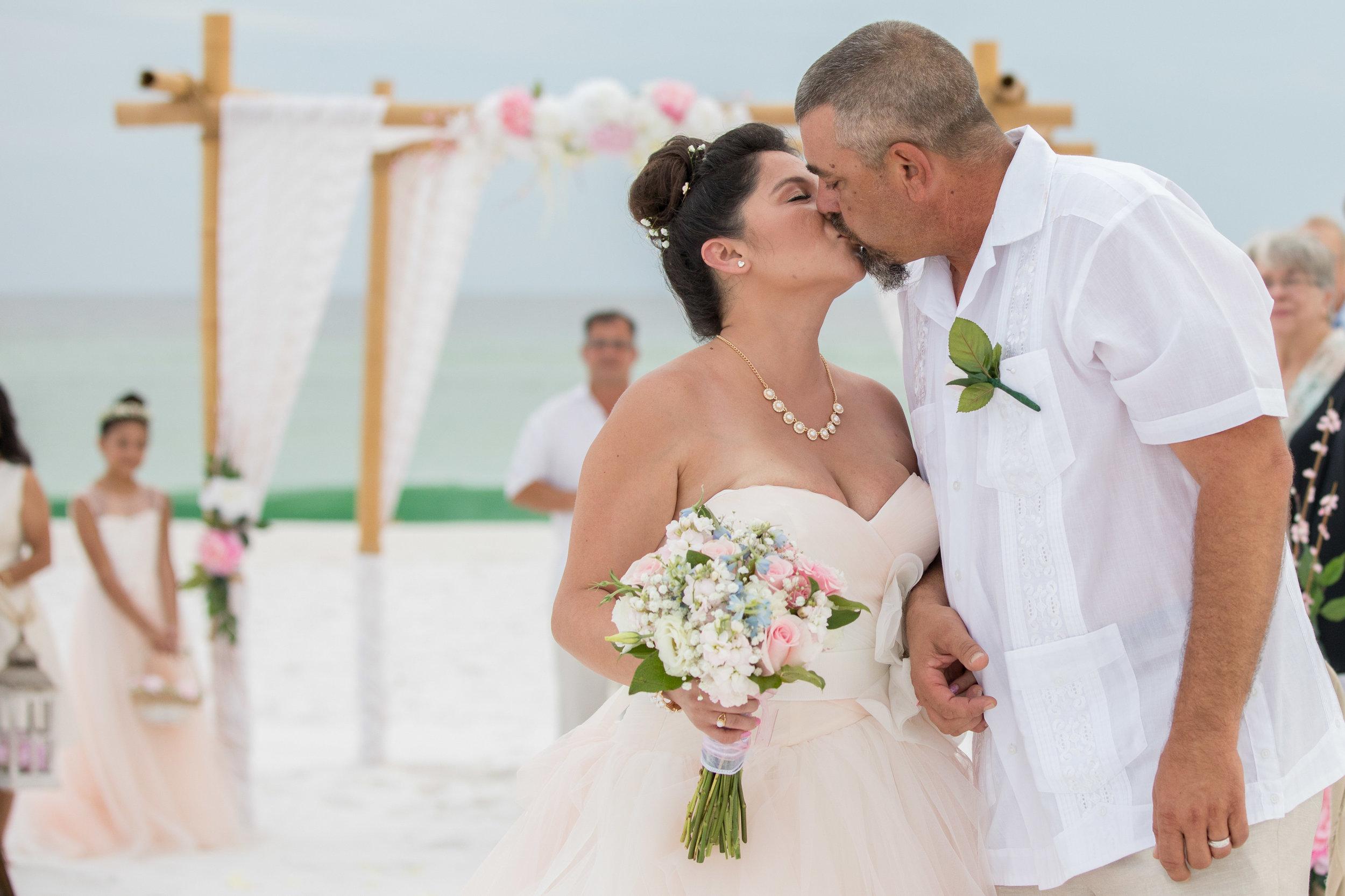 destin beach wedding package picture22_ (1).jpg
