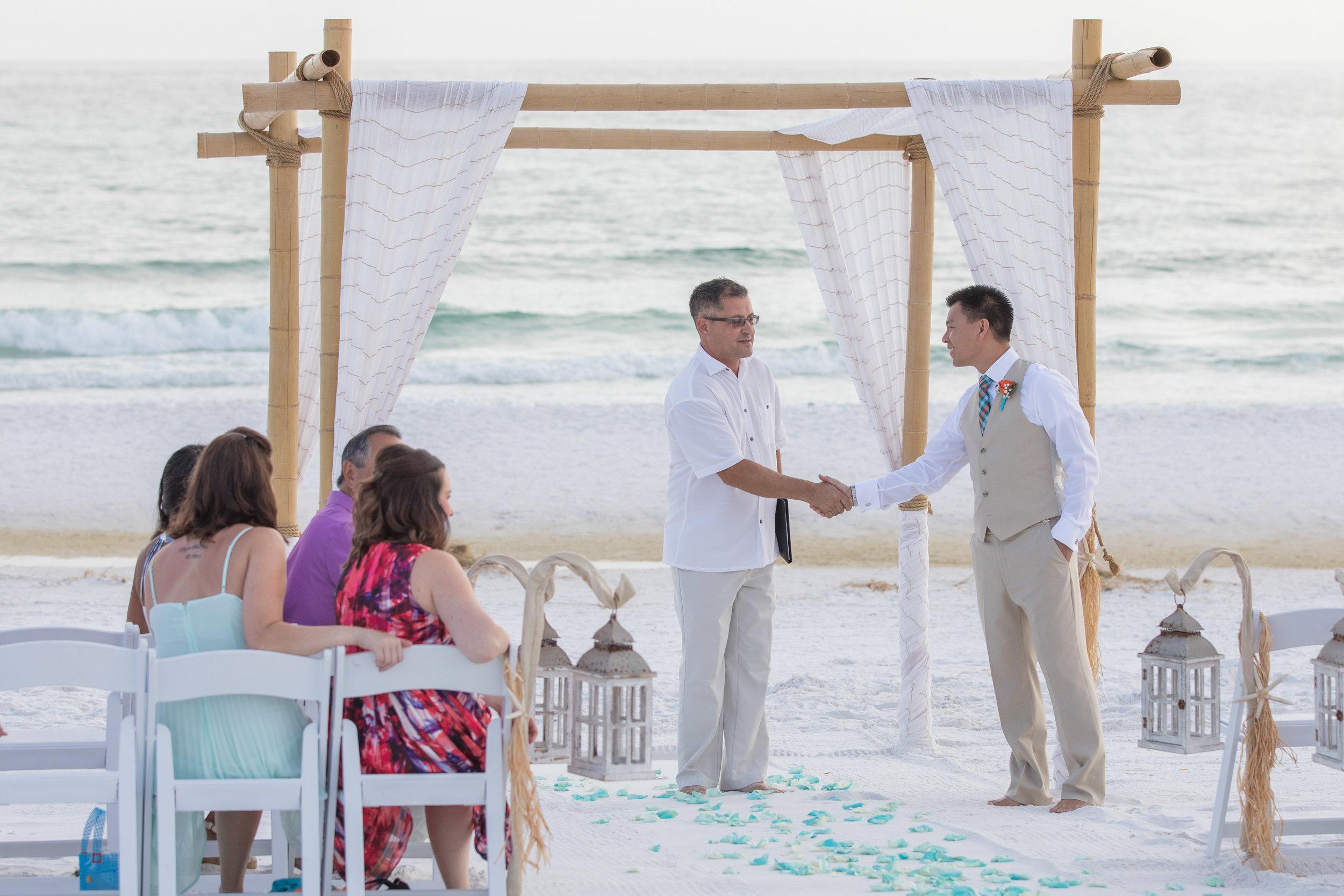 destin beach wedding package picture70_ (2).jpg