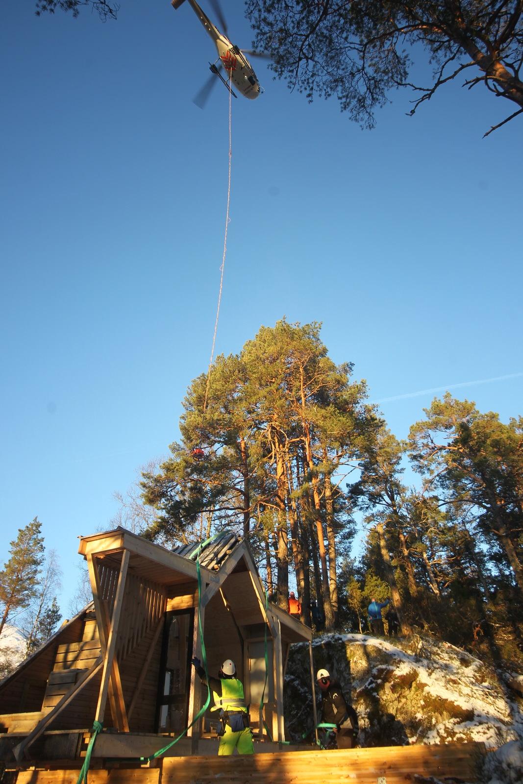 Løft til dagsturhytta på Gytta i Førde. Foto: Stig Roger Eide
