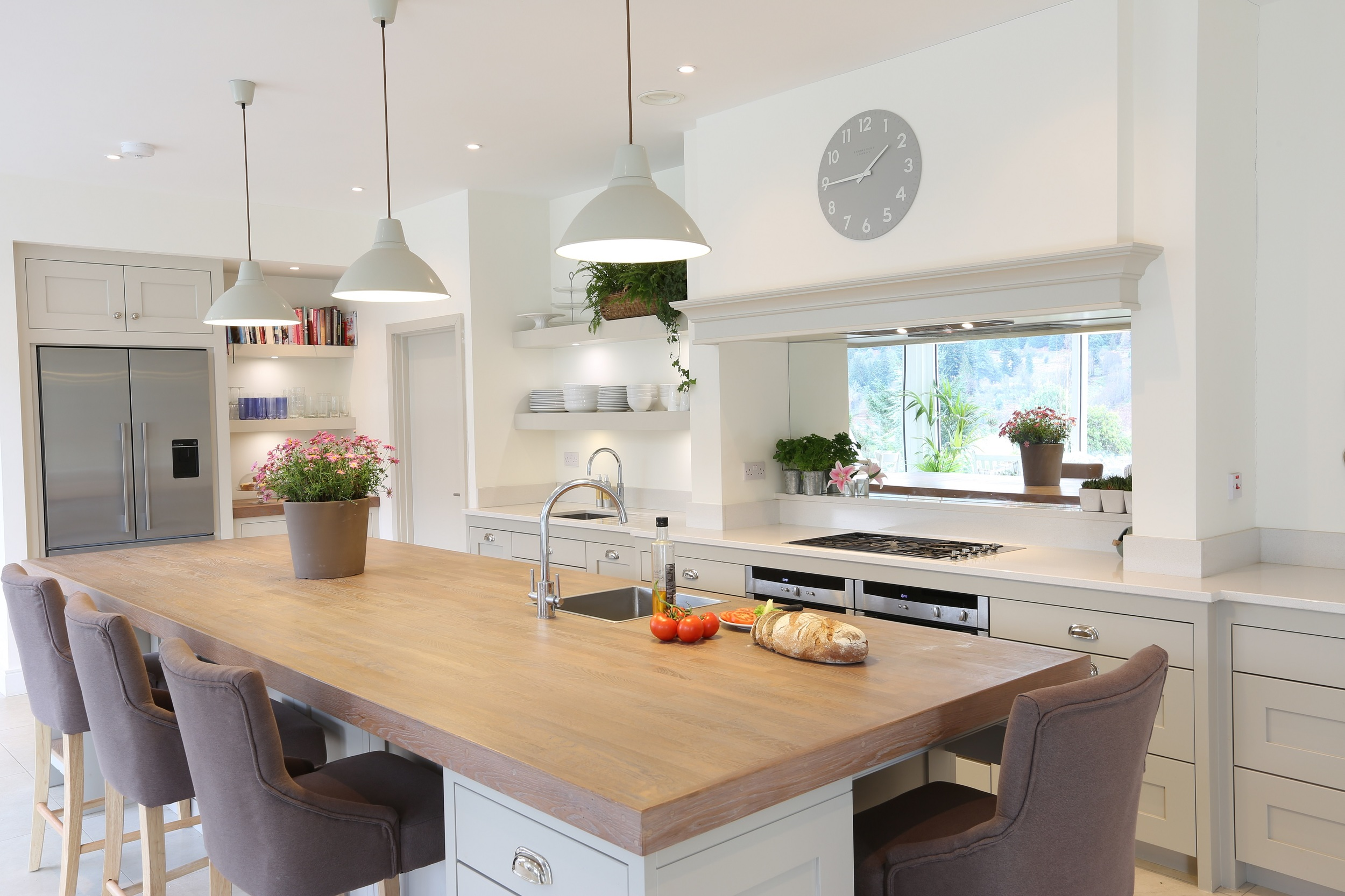 Hand painted kitchen by Noel Dempsey