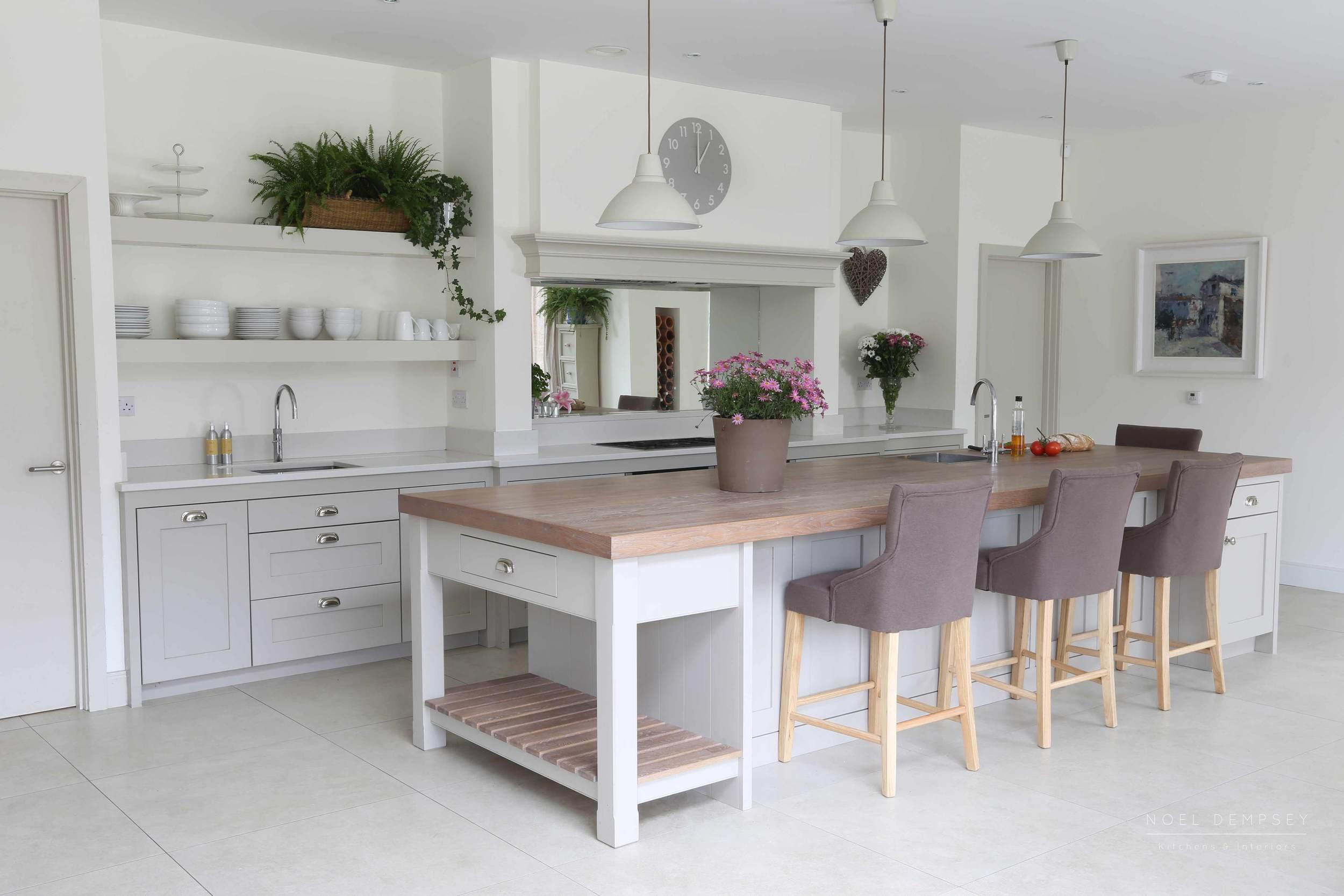 Glen-Valley-Plain-English-Painted-Kitchen-2.jpg