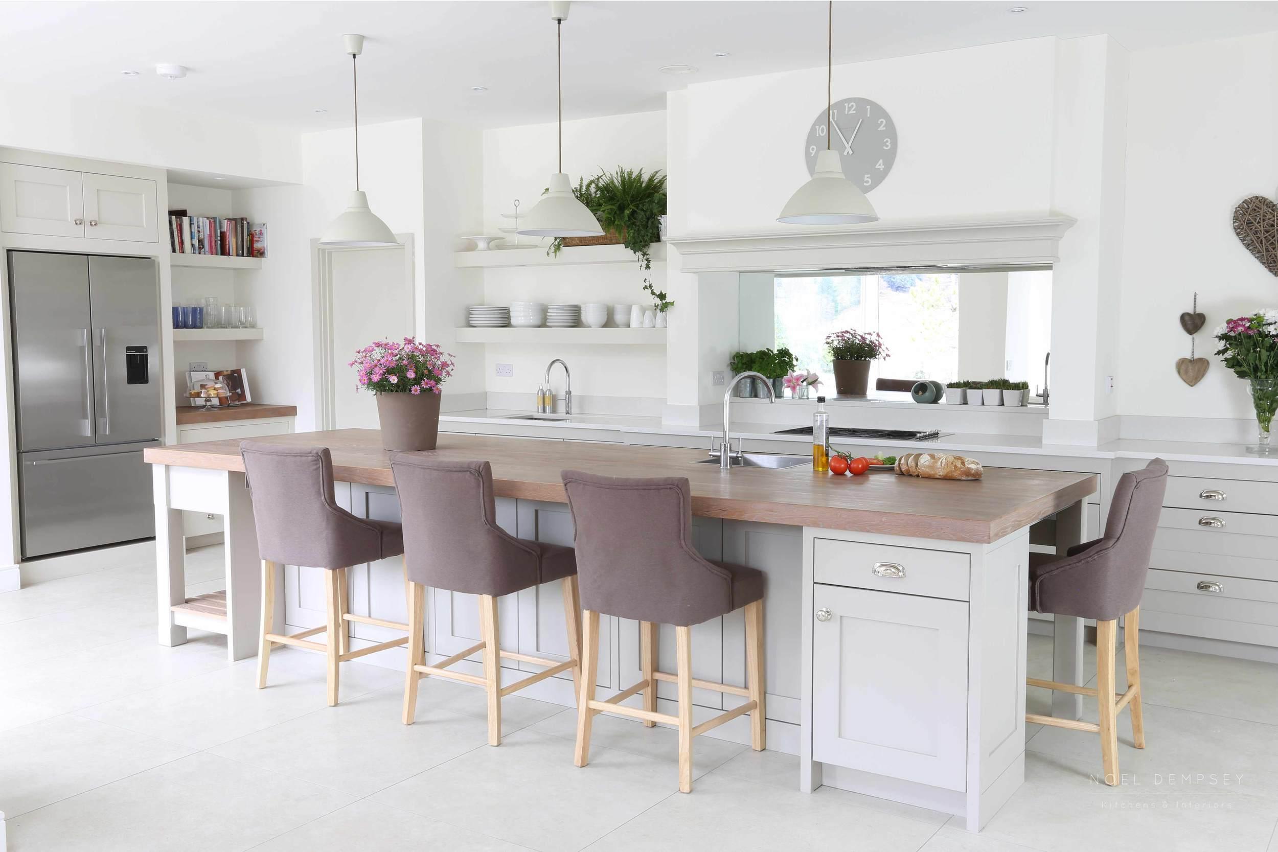 Glen-Valley-Plain-English-Painted-Kitchen-1.jpg