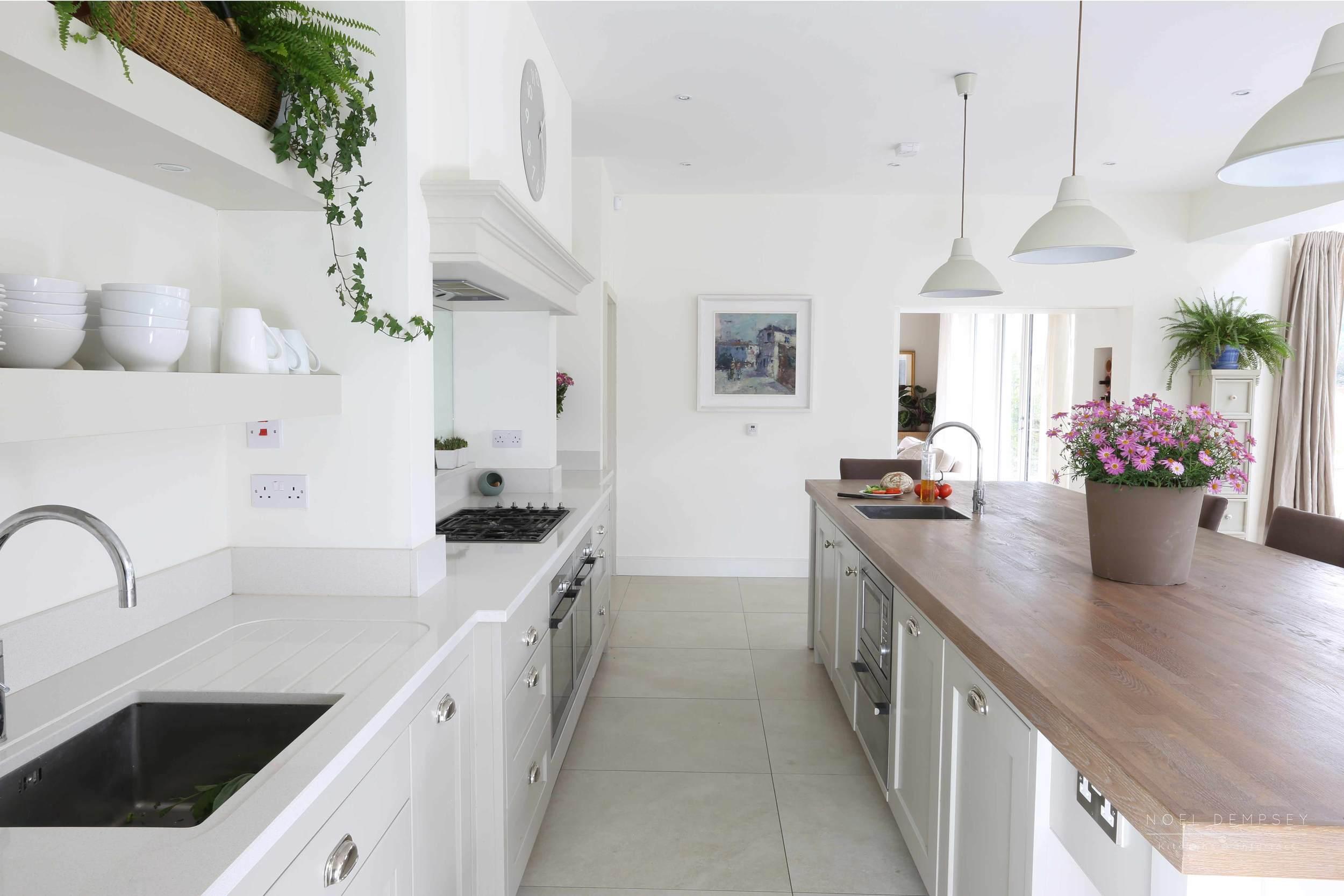 Glen-Valley-Plain-English-Painted-Kitchen-3.jpg